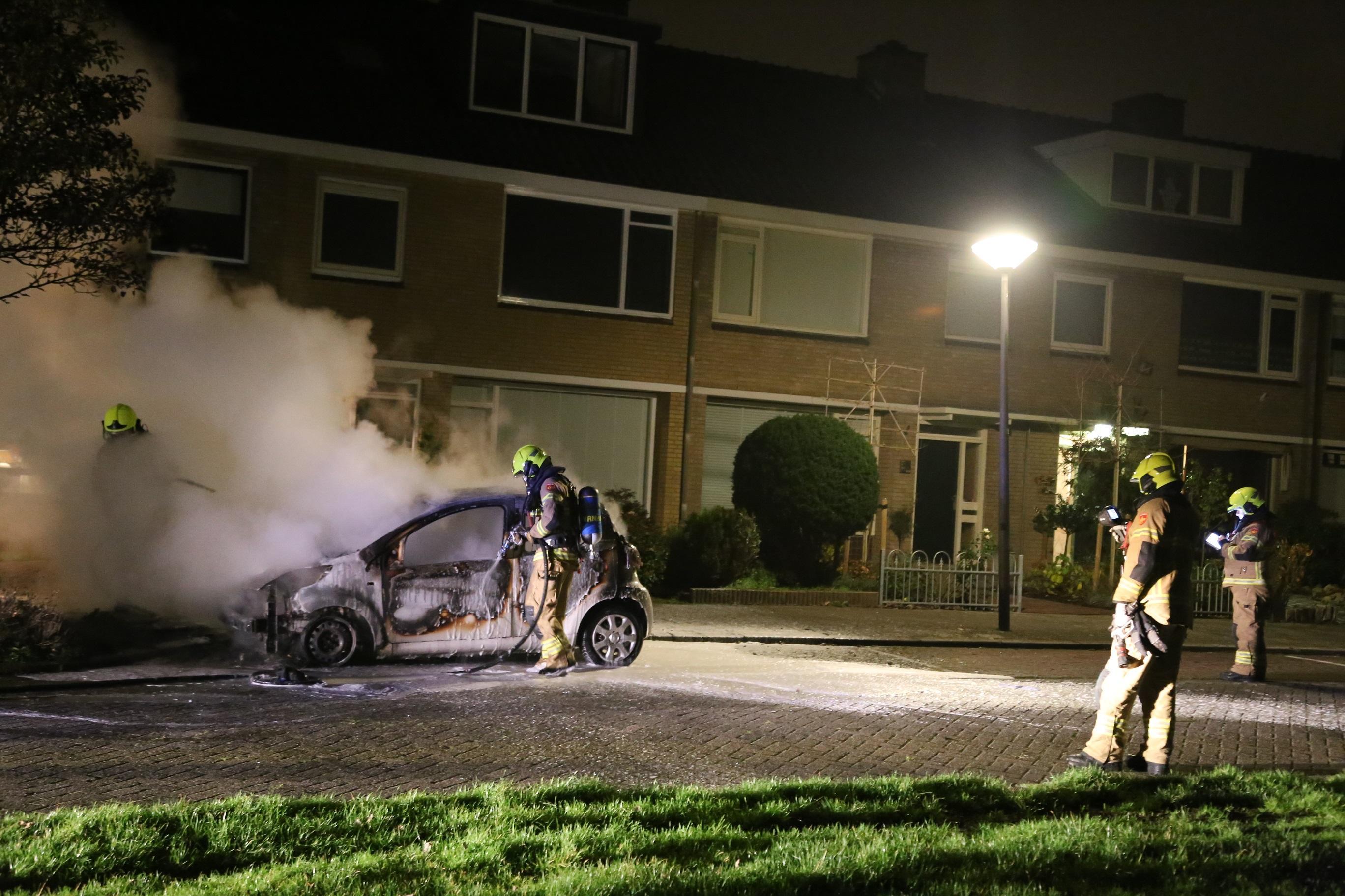 Auto uitgebrand in woonwijk Den Helder