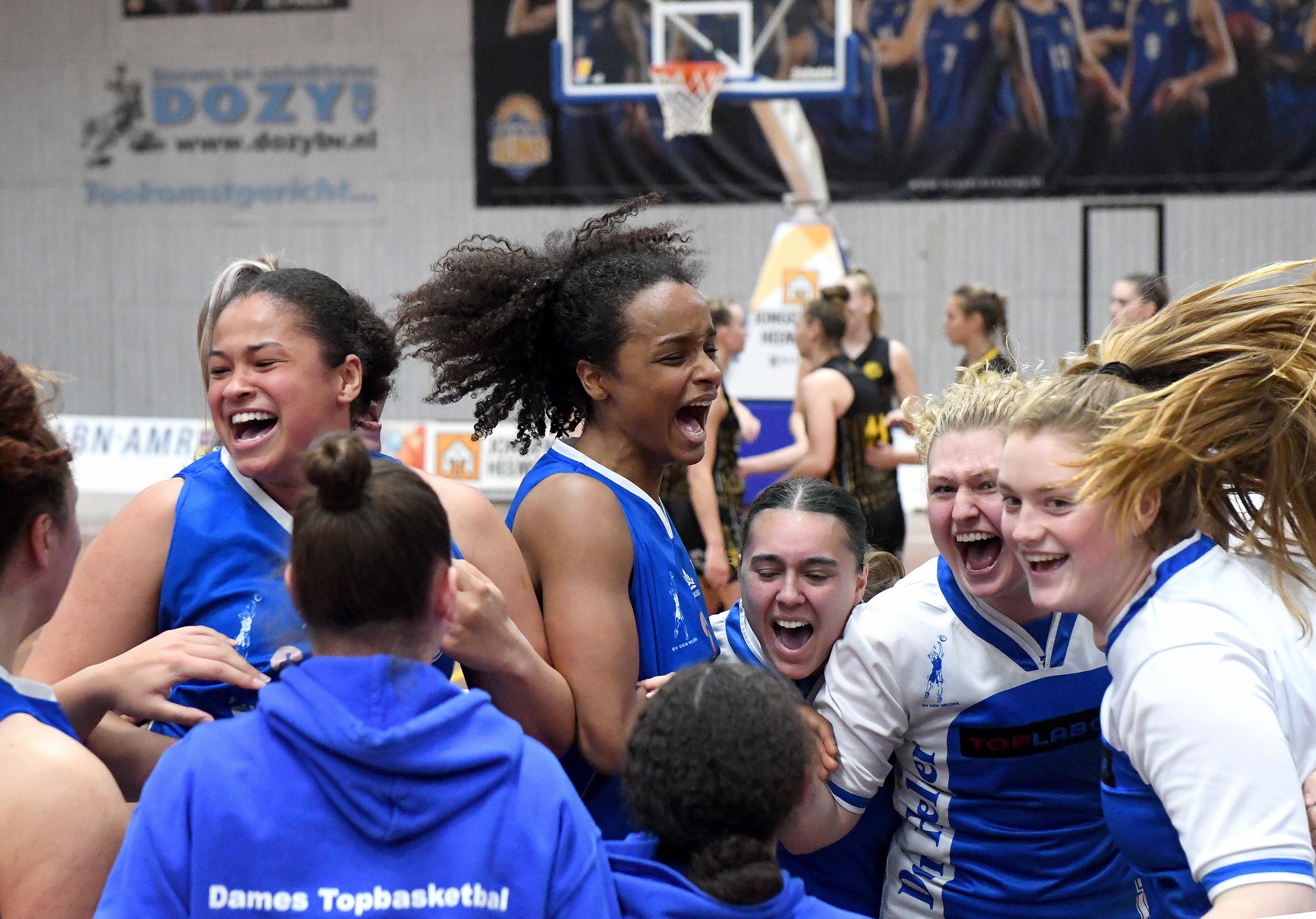 Helderse basketbalsters tonen in finale play-offs mentaliteit van straatvechters, net als de coach ooit: 'We kunnen van alles bedenken of uittekenen op papier. Op de vloer moet het gebeuren'