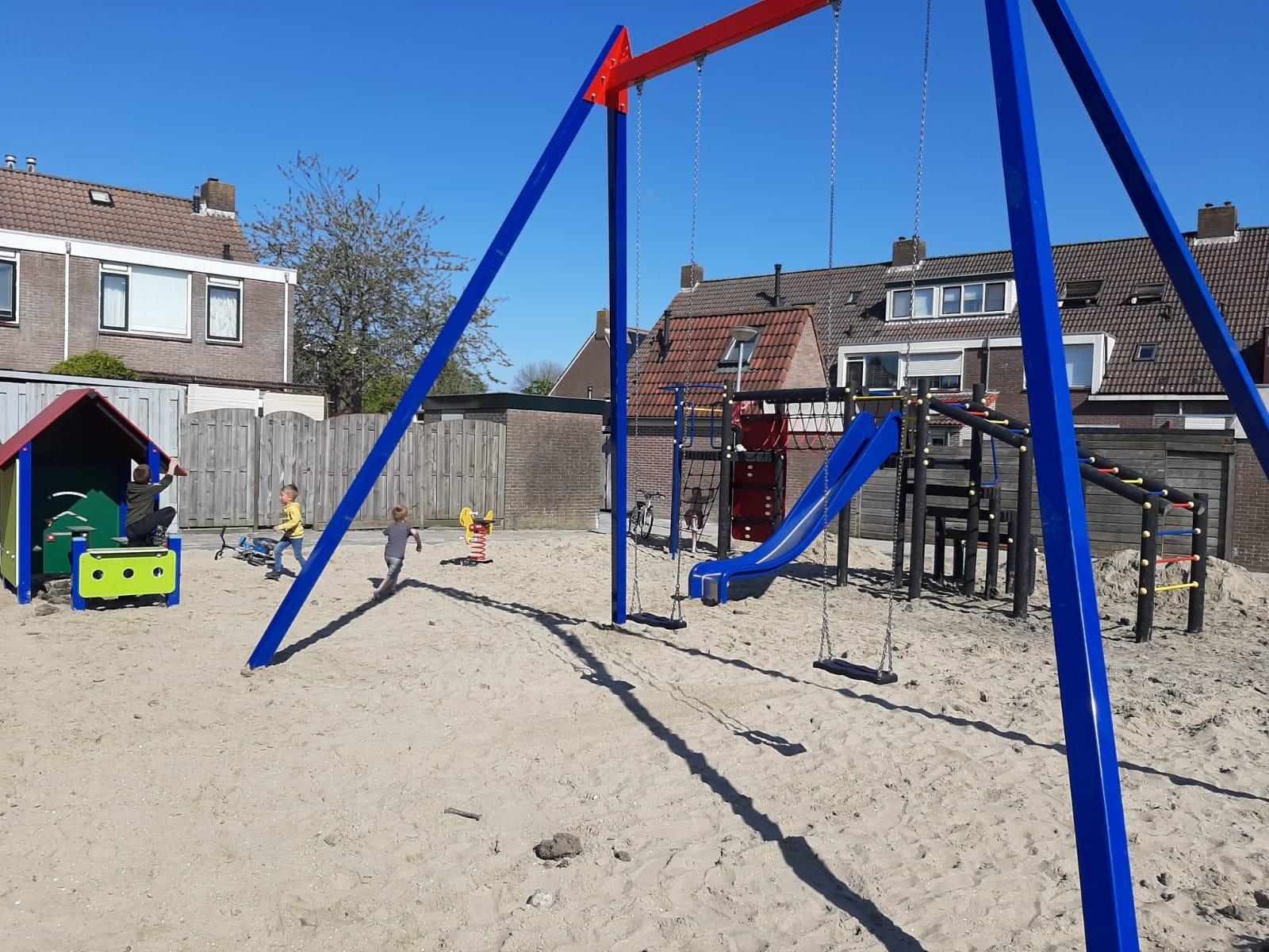Nieuwe speelplaats in Avenhorn tot ergernis ouders binnen vier maanden weg na klachten over luidruchtige kinderen en inkijk achtertuin