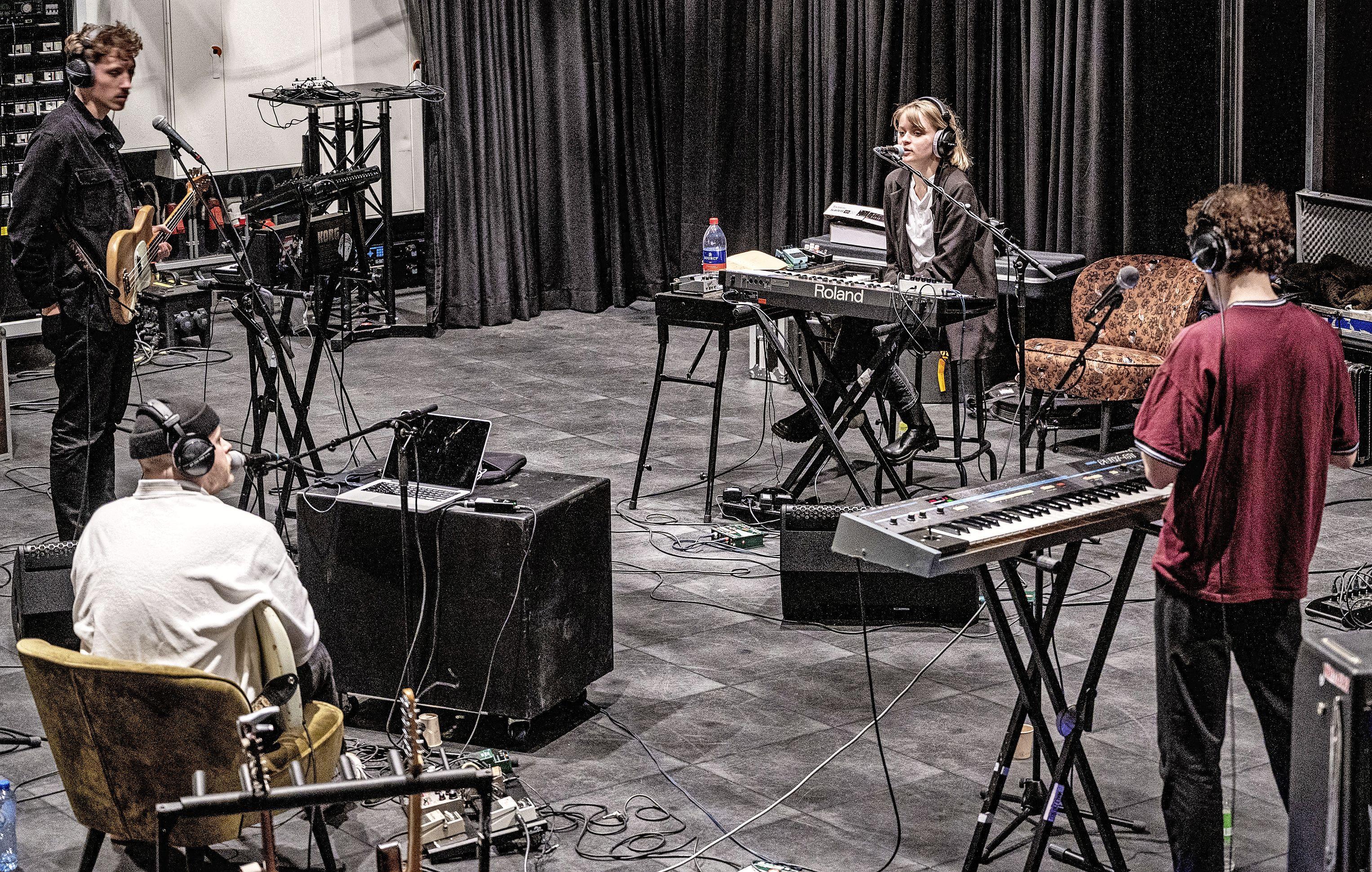Waltzburg opent serie 'Artist in Residence' in Patronaat Haarlem: 'Fijn om te experimenteren zonder druk van buiten'