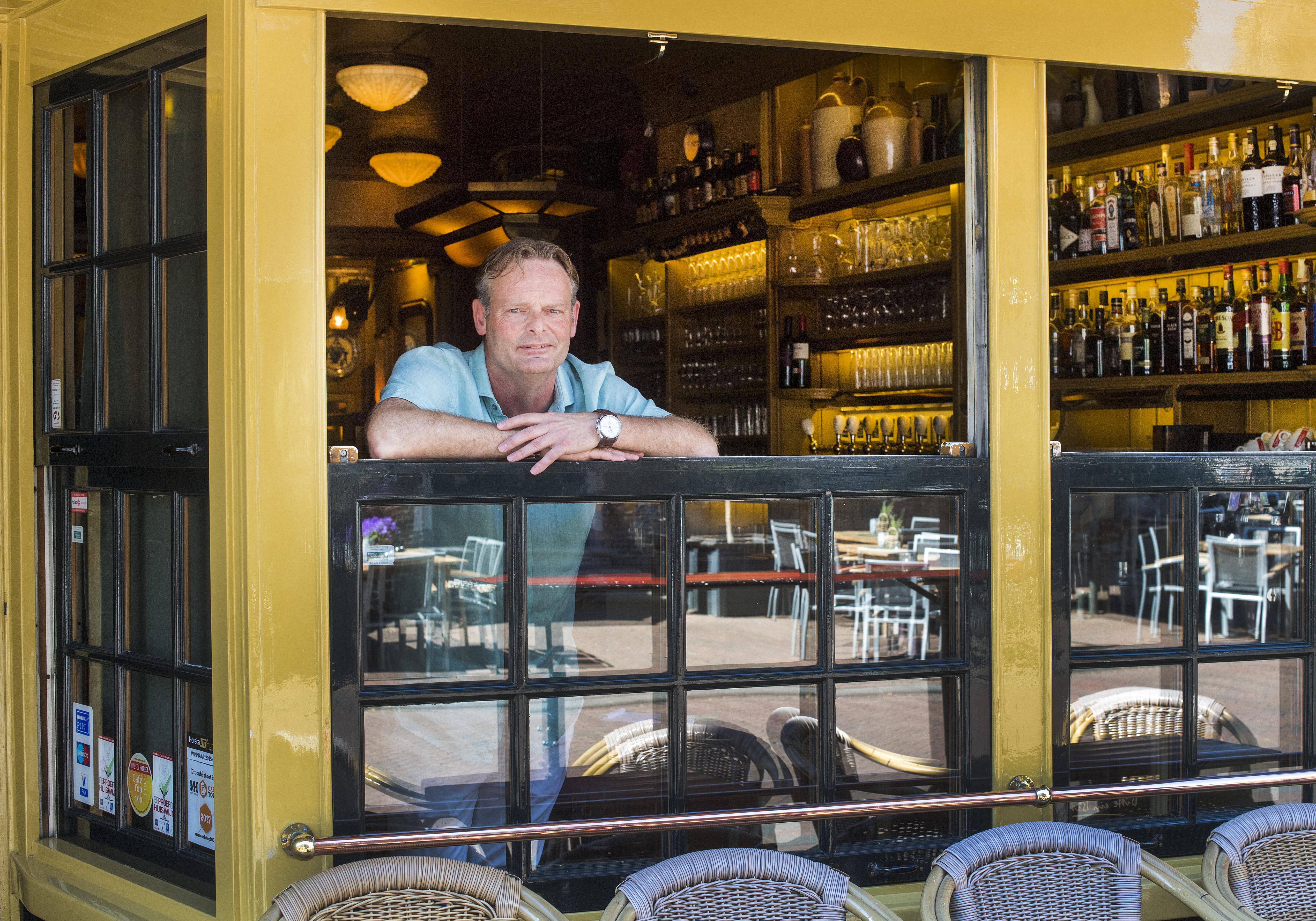 Cafés in Haarlem eerder open, nu ze al om 22 uur dicht moeten: 'Voorkomen dat je je gasten verliest'