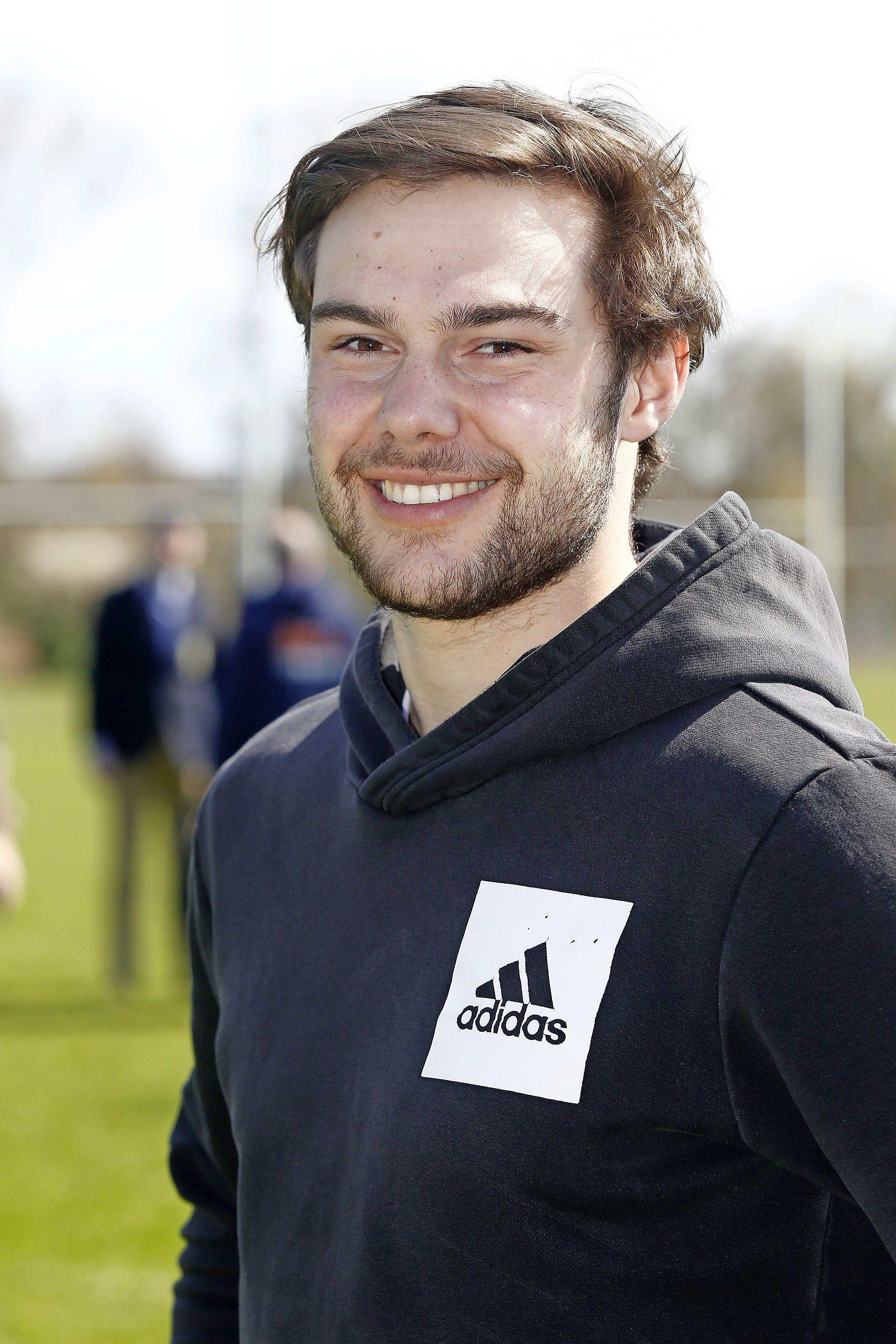 Rugby-international Castor Magis vindt tijdelijk onderdak in Naarden: 'Ik had van alles verwacht van dit gekke seizoen, maar niet dat ik daarin het shirt van 't Gooi zou dragen'