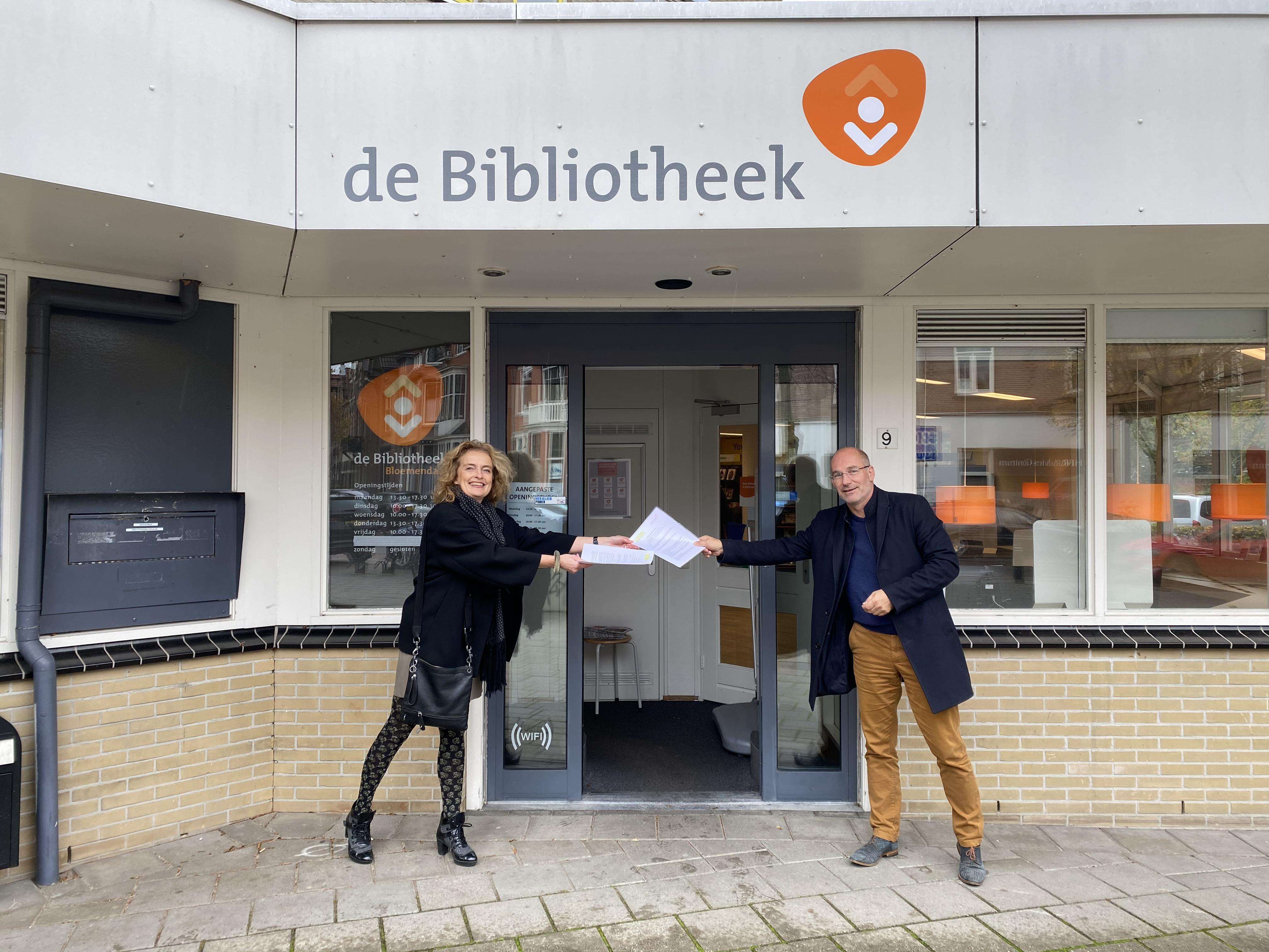 Welzijn Bloemendaal trekt in bij de bibliotheek in Bloemendaal