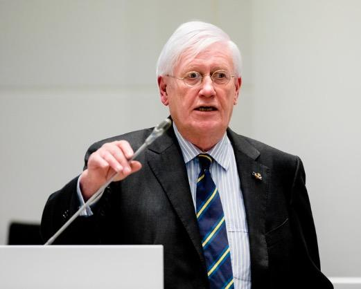 Wiegel wil breed college met Forum en VVD