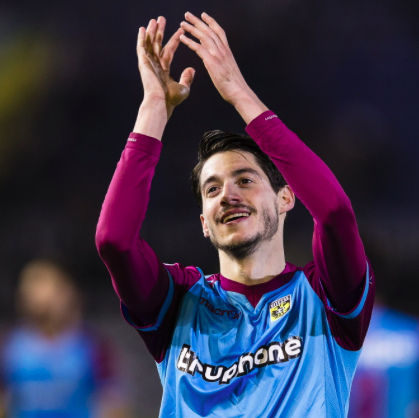 Vejinovic traint mee bij FC Volendam; 'Zonder verplichtingen, maar je weet nooit hoe het loopt'
