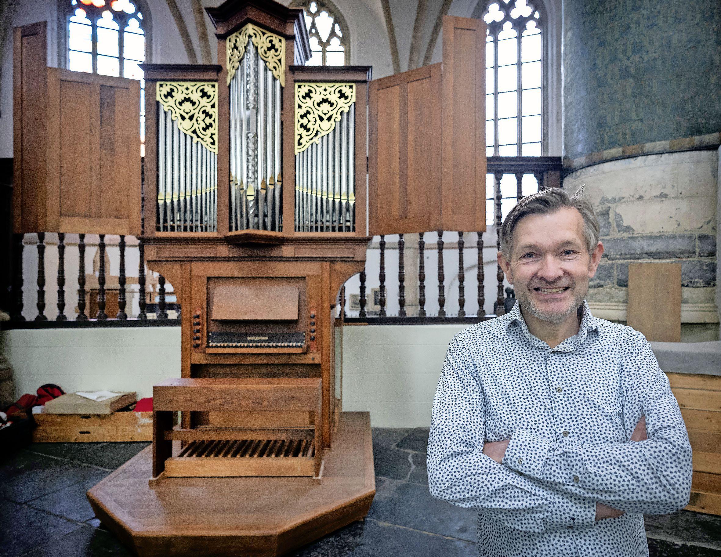 Als de toeristen weg zijn uit de Oude Bavo, wordt de klank van het nieuwe orgel bestendig gemaakt