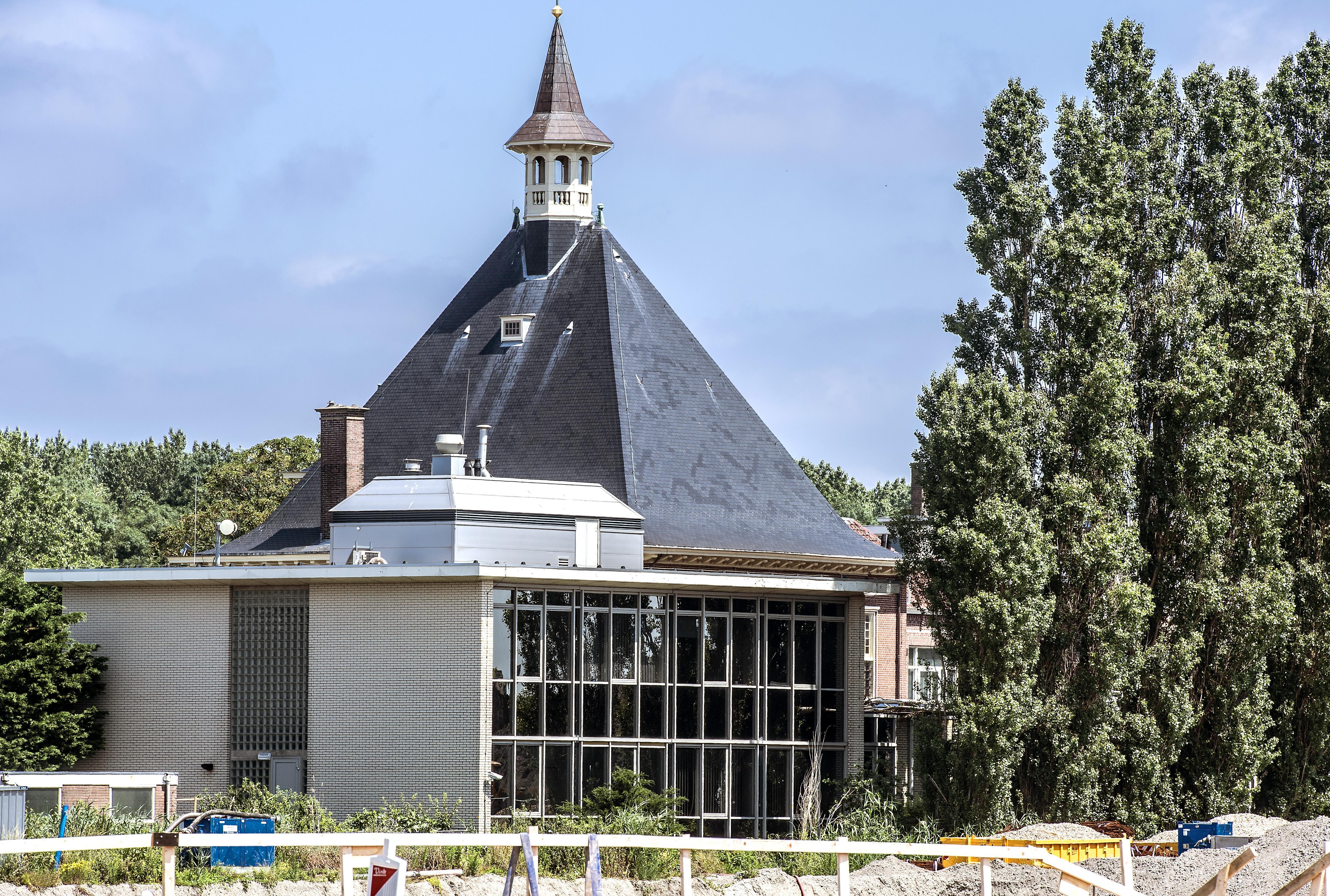 Servicecentrum Halfweg na half jaar weer geopend