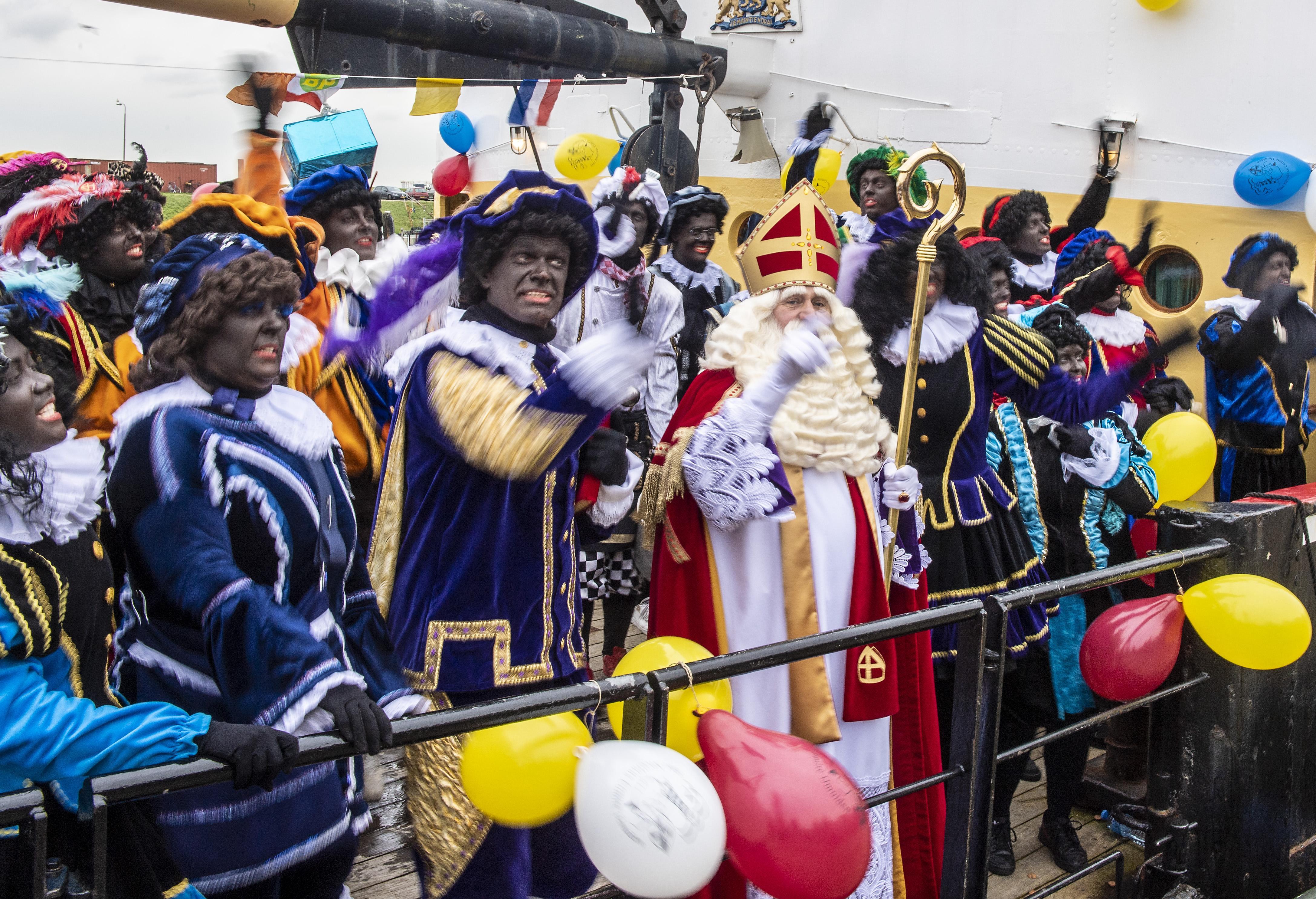 Velsen is blij dat de kleur van Zwarte Piet verandert