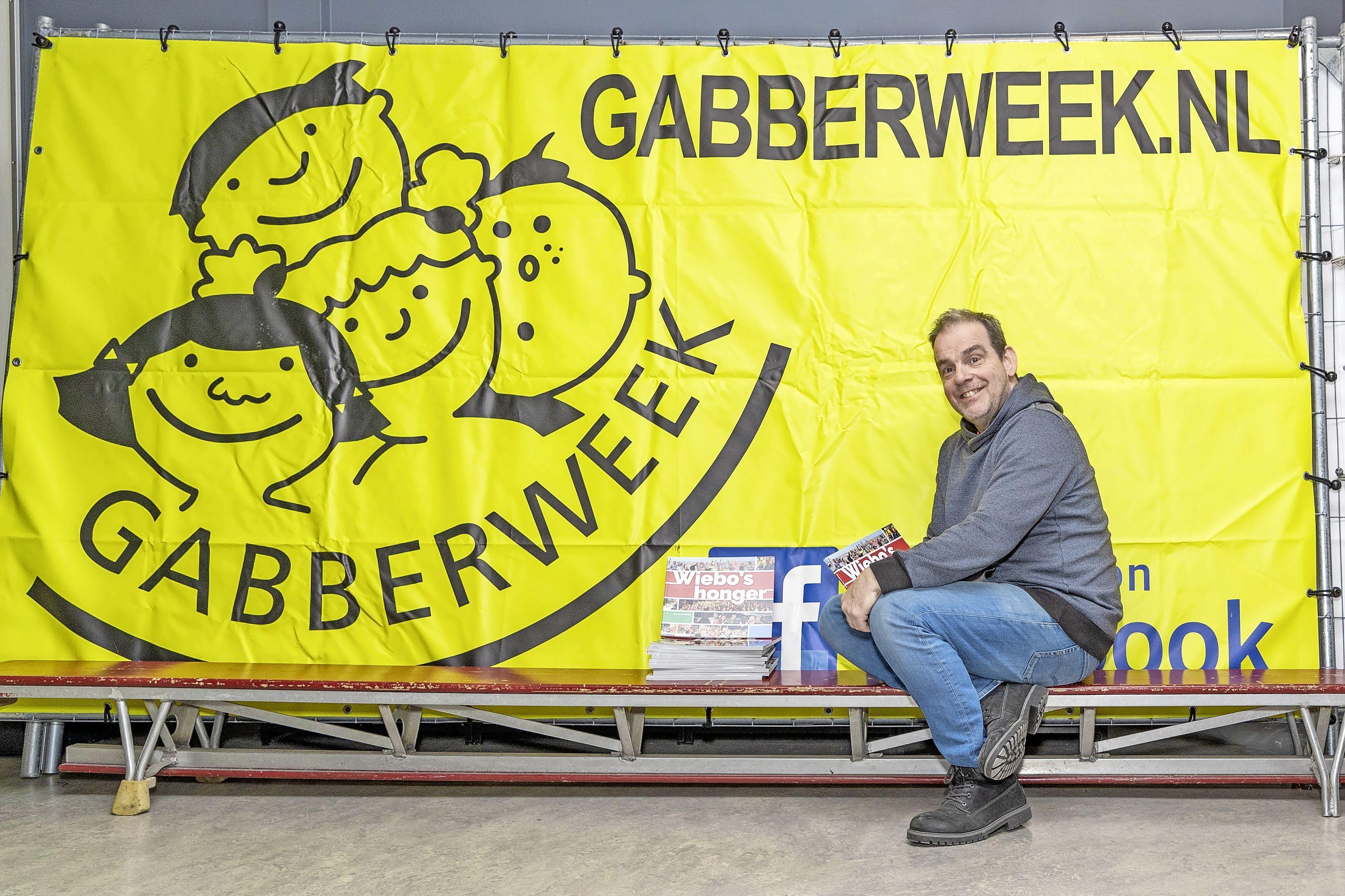 Boerenkool en radio in plaats van Gabberweek in Opmeer: 'Tussen muziek en interviews door hommage aan burgemeester Gert Jan Nijpels'
