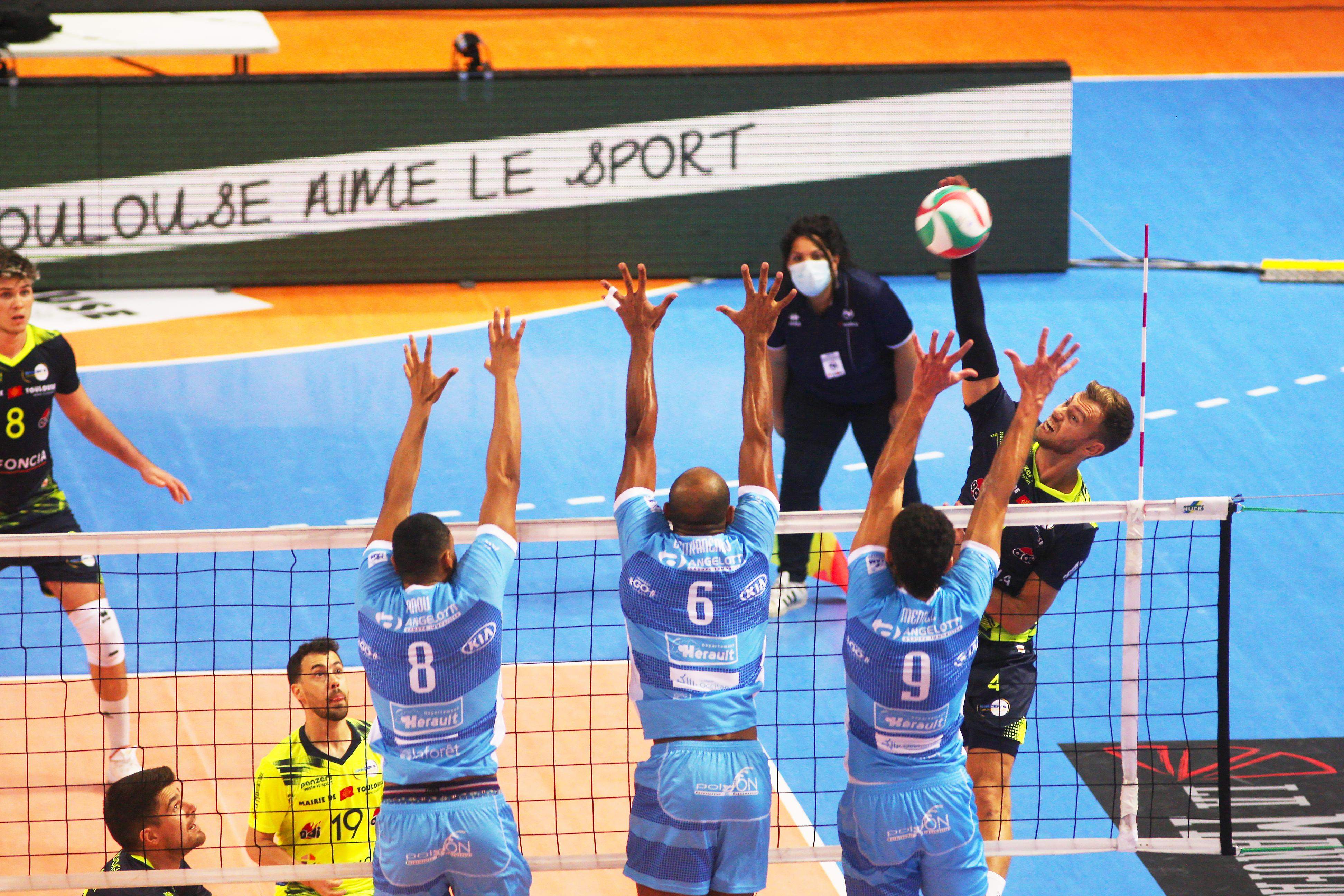 Corona krijgt Gijs Jorna te pakken, maar toch heeft de volleyballer meer voordeel dan nadeel gehad van het virus: met een knalservice keert hij terug in de sterker geworden Franse competitie