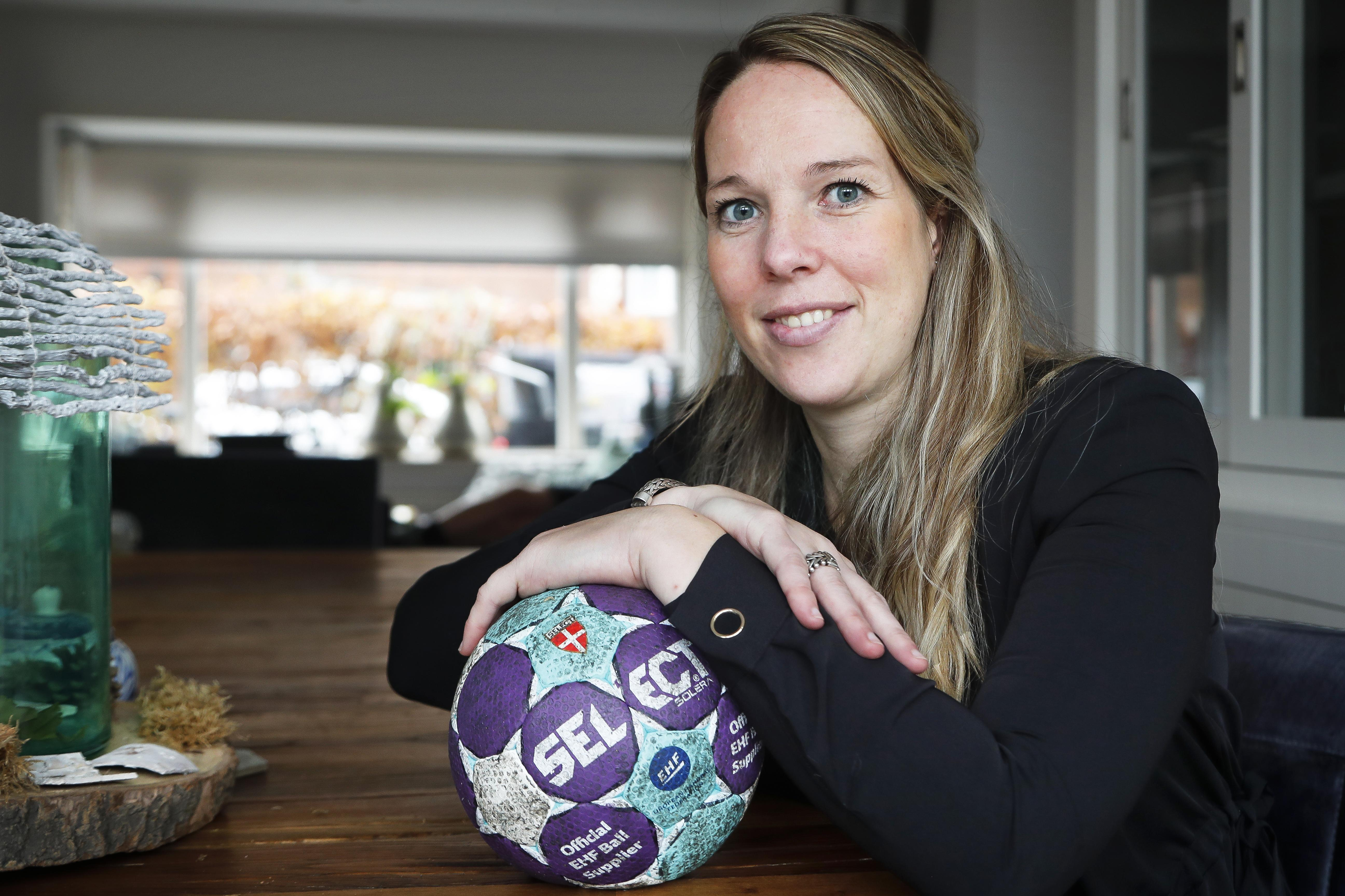 Marcella Deen, tophandbalster-in-ruste, weet hoe ze verder wil met haar leven: 'Zoektocht is nu wel ten einde'
