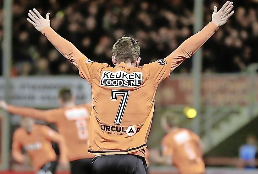 Supporters van AZ, FC Volendam en Telstar maken zich op voor vreemd seizoen: 'Een stadion zonder juichende mensen gaat niet gebeuren'
