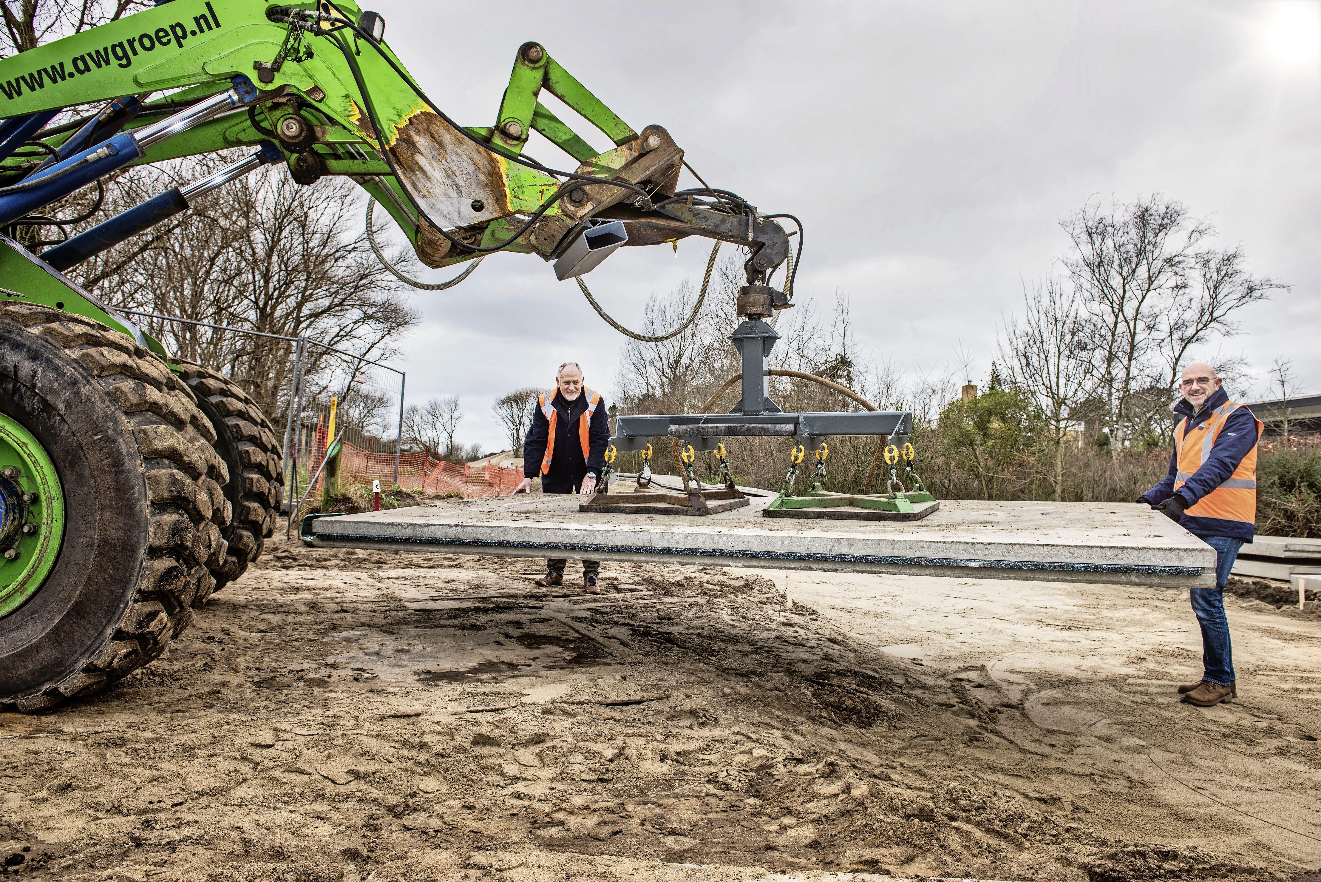 Nieuw fietspad door Katwijkse duinen gaat Rijwielpad Vlaggeduin heten, Valkenburgse viaducten worden vernoemd naar Romeinse forten