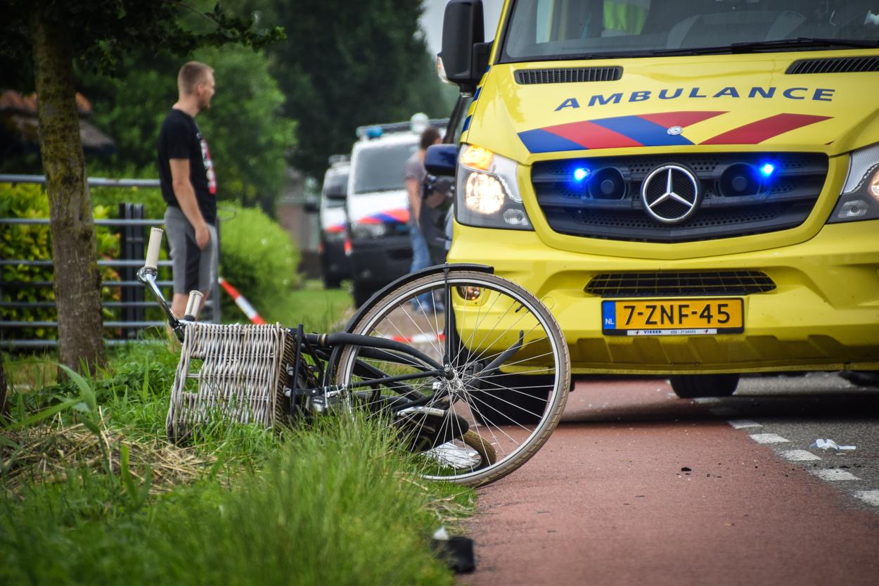 Ernstig ongeluk in Spanbroek tussen fietsers en vrachtwagen [update]