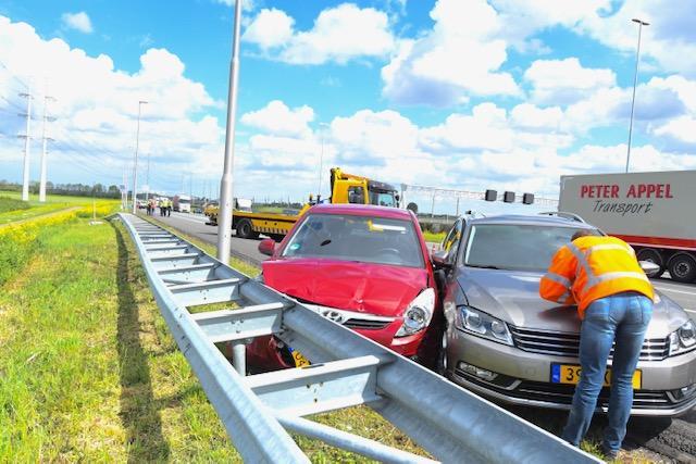 Vrouw gewond na ongeval op A4 bij Hoogmade