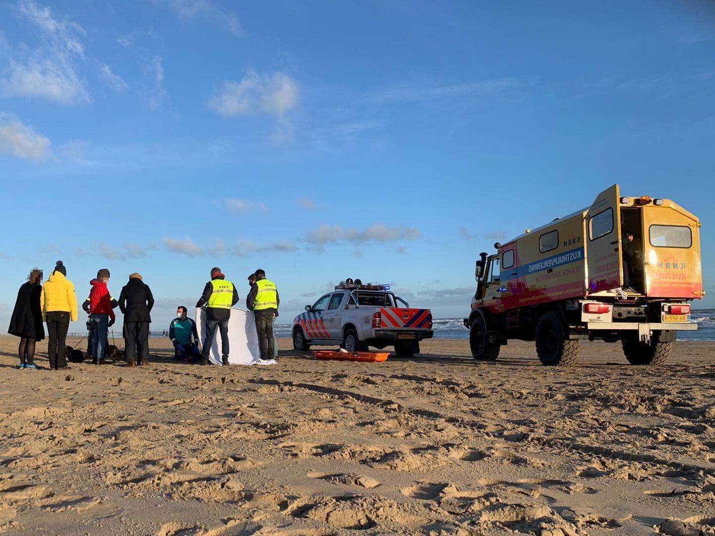 Kind raakt gewond op strand Noordwijk door op hol geslagen paard