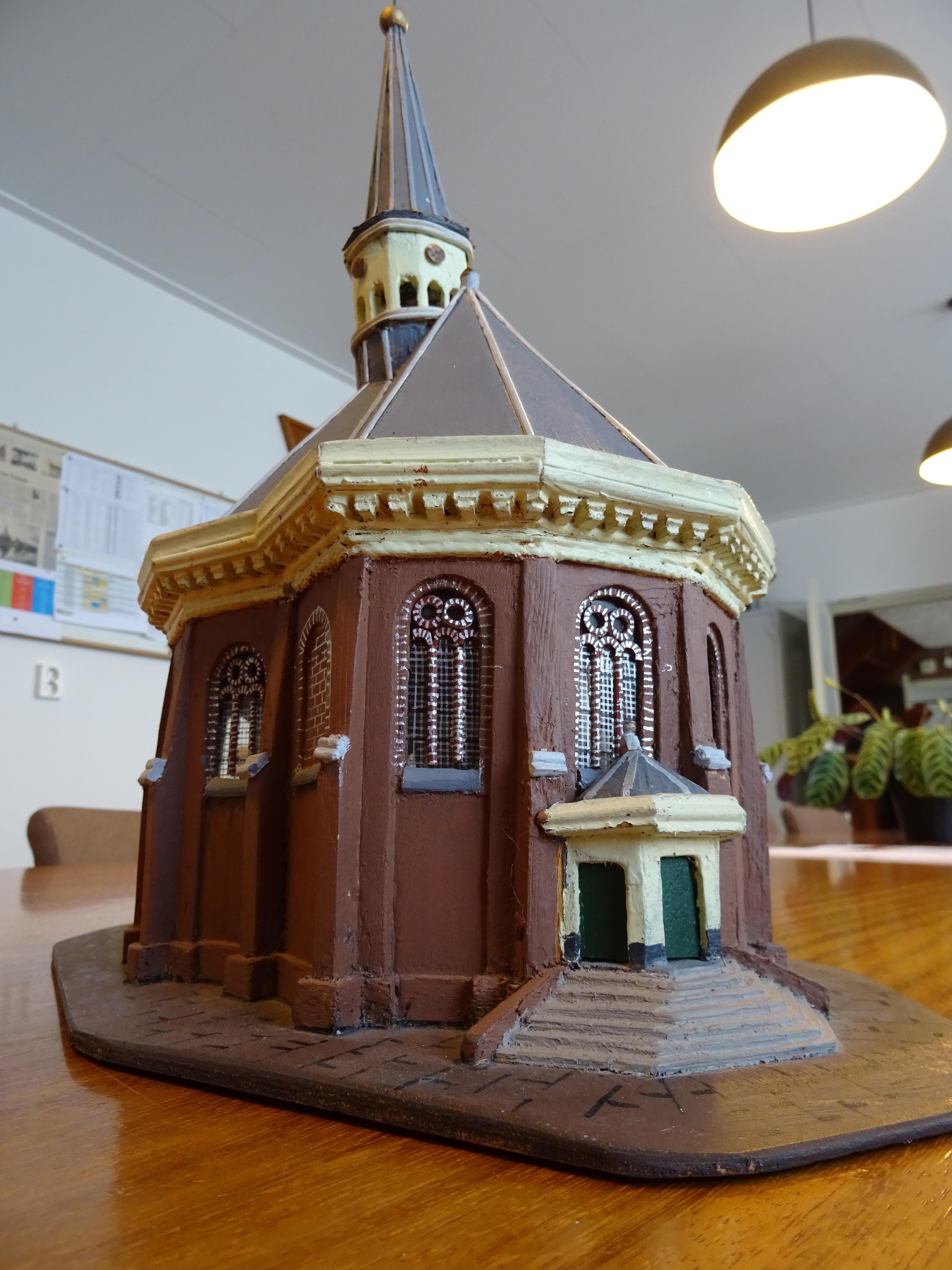 Ontwerp een kerk en win die in chocolade bij wedstrijd Woubrugse kerken