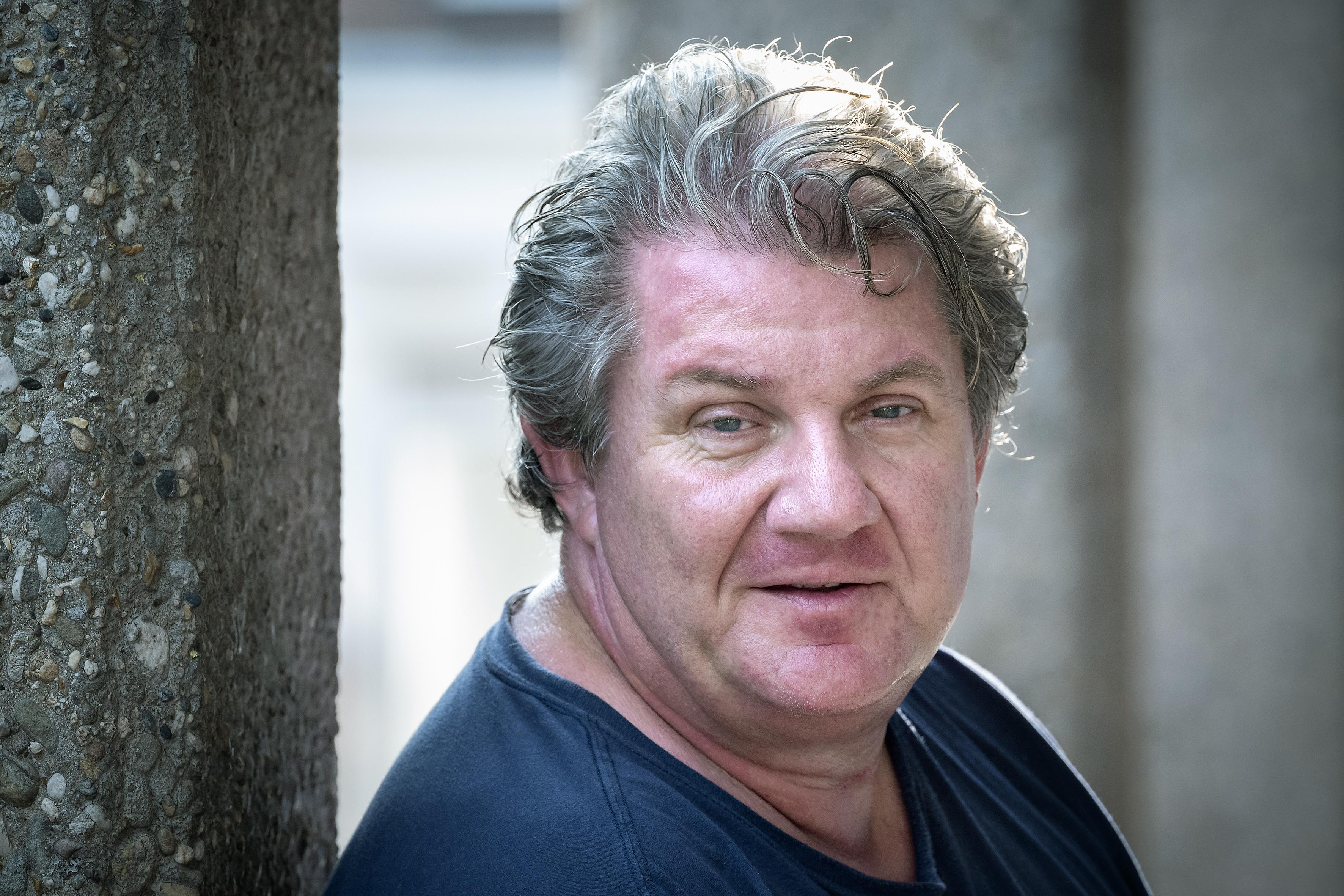 Crooner, entertainer en muzikaal verhalenverteller: Rom Helweg mag je gerust 'Mister Haarlem Jazz' noemen