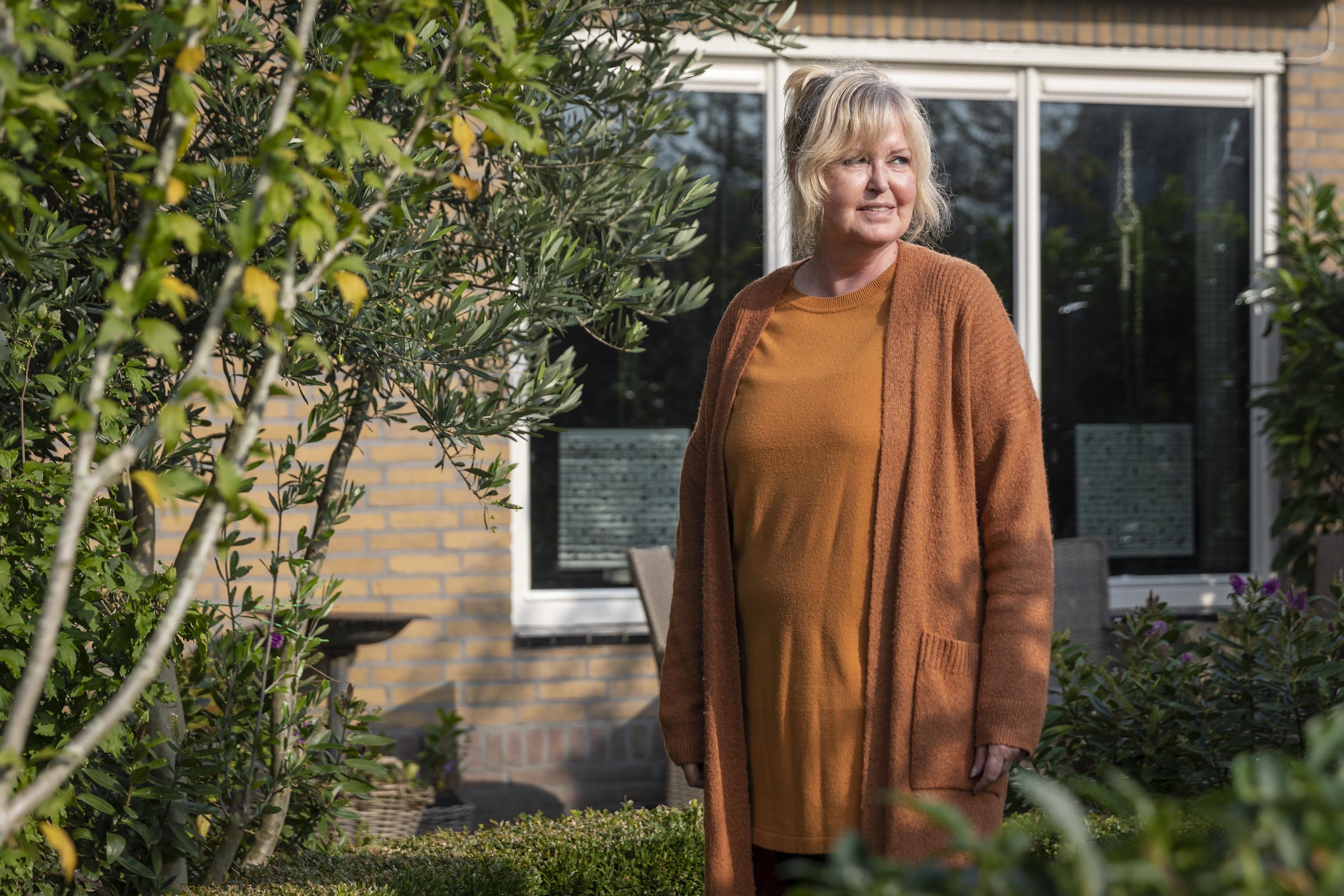 Risicogroepen kunnen op Texel weer onbezorgd shoppen en naar een terras. Dankzij het initiatief van Carolina Zijm