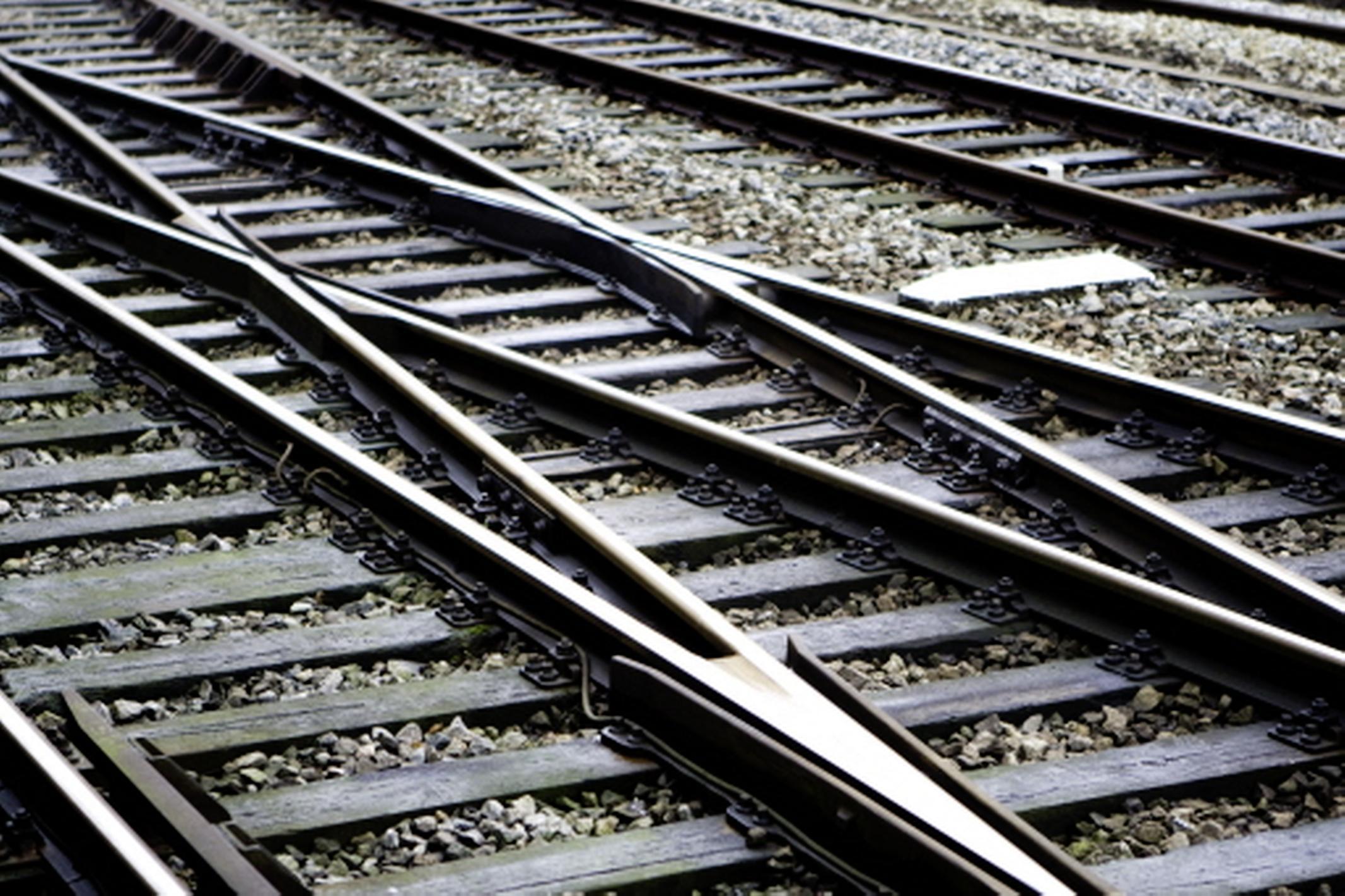 Per direct maatregelen bij 28 onbewaakte spoorwegovergangen: snelheidsbeperking op lijn Den Helder - Heerhugowaard en Hoorn - Zaandam