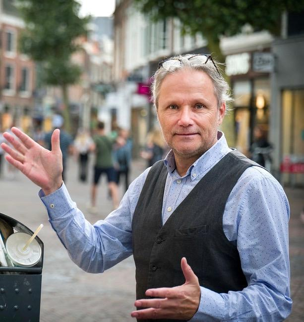 Reclameman Marco Mok maakt zich zorgen over toerisme in Haarlem: 'Tijd voor anti-Haarlem campagne'