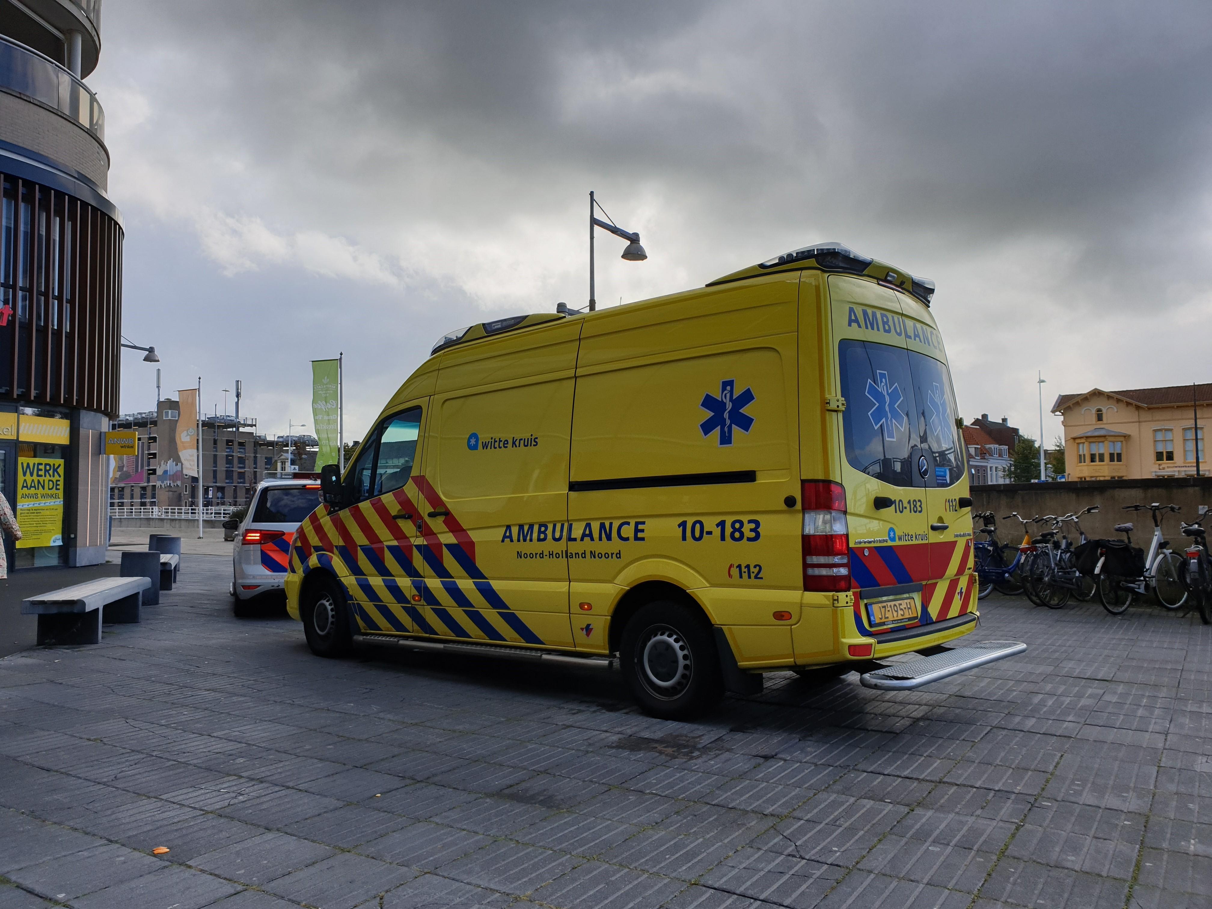 Persoon gewond na val van roltrap in winkelcentrum Alkmaar