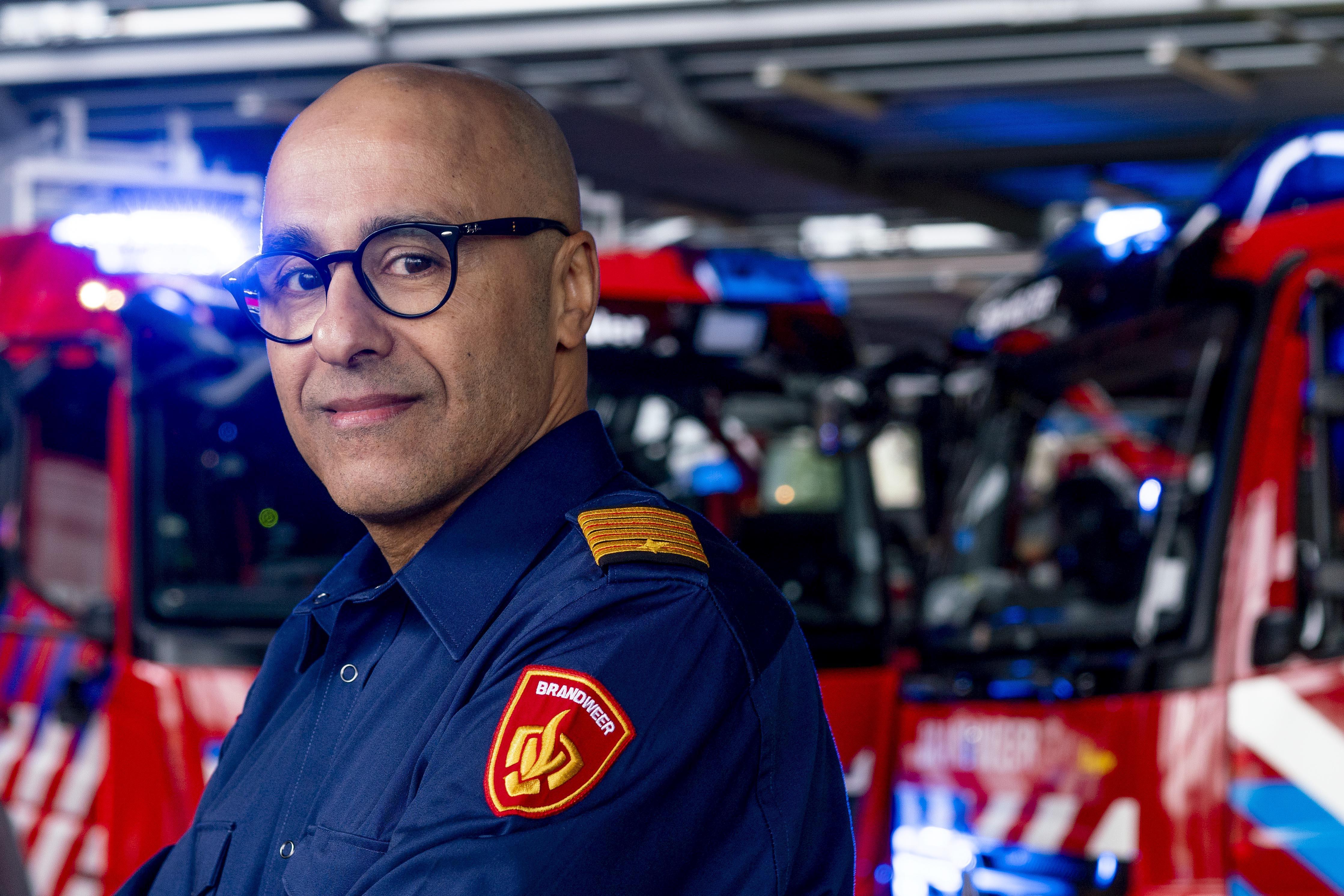 Mostapha Nazih klom op van afwasser tot brandweercommandant van de Noordkop: 'Elke kazerne is een dorp op zich'