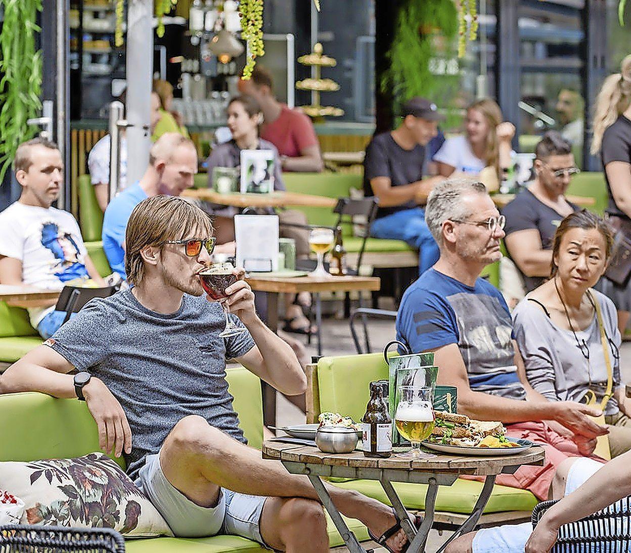 Zaandam en Purmerend middenmoters als het gaat om gezellige terrasjes