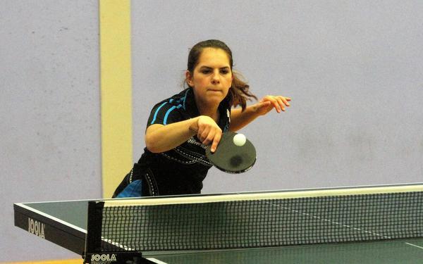 Hilversum-talent Sharon Janssen (15) heeft alles over voor tafeltennis