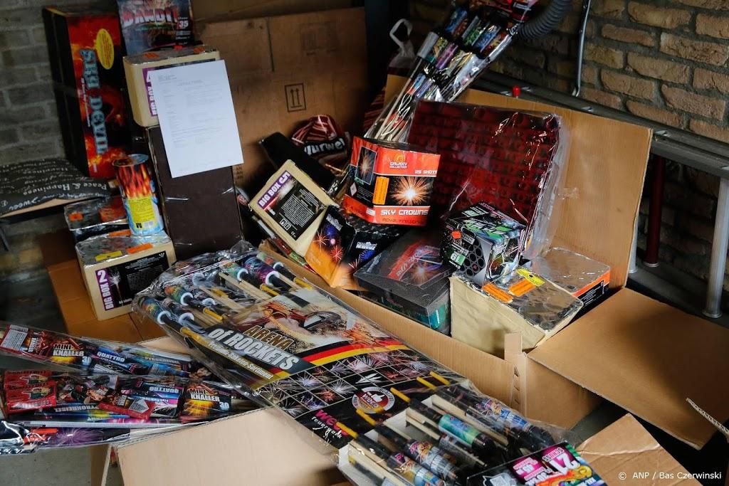 1000 kilo illegaal vuurwerk gevonden in Noord-Holland