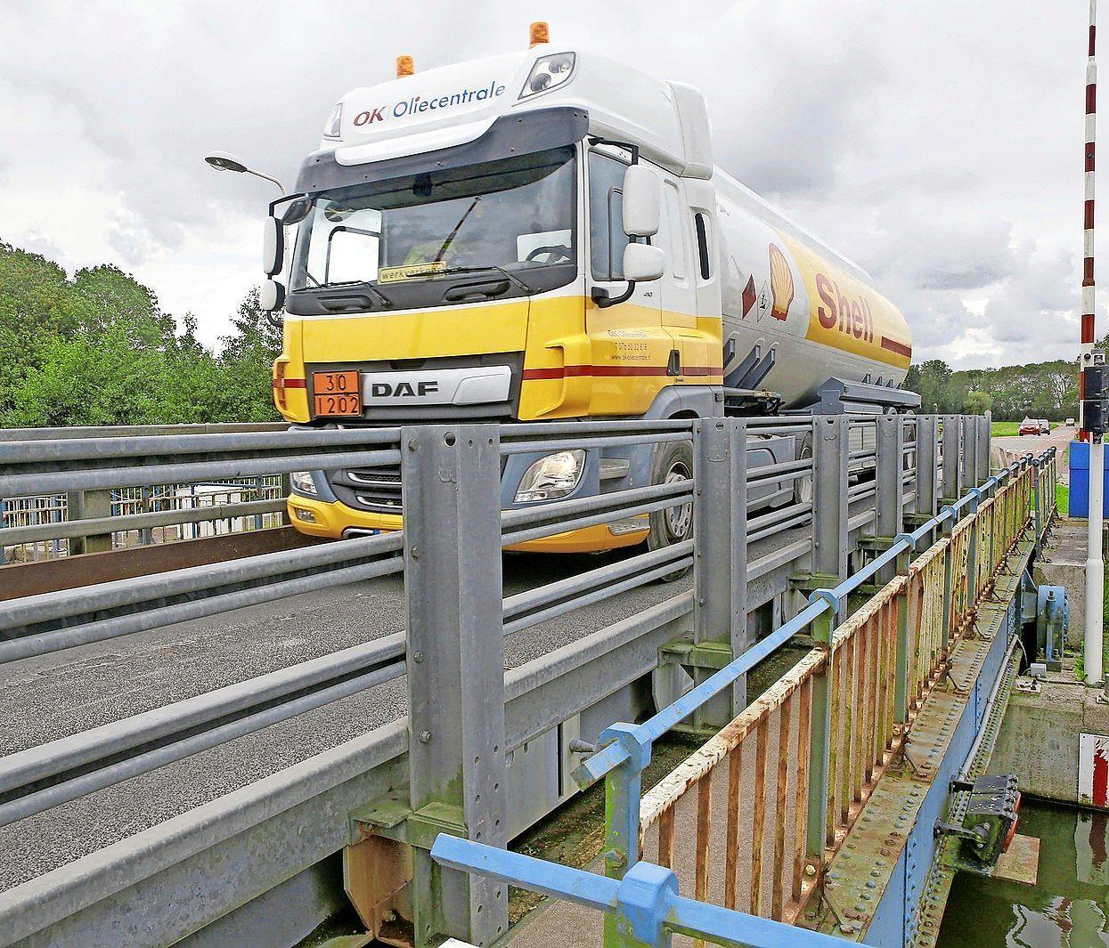 Schuttevaer pleit voor een beweegbare brug bij Kolhorn. De gemeente Hollands Kroon ziet de noodzaak hiervan niet
