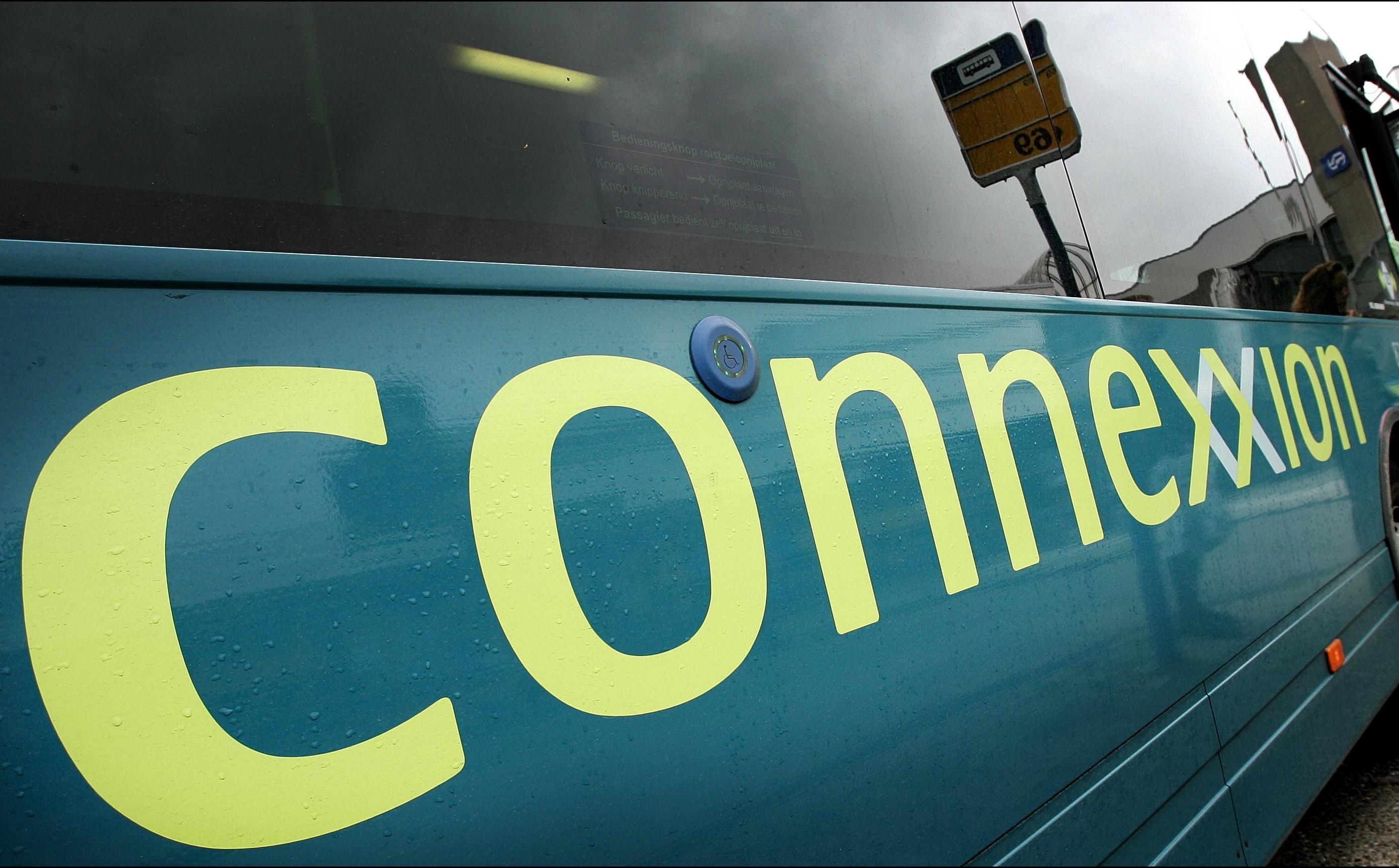 Streekvervoerder Connexxion neemt in Noord-Holland 60 chauffeurs en 10 bussen van failliete onderaannemer TCR over