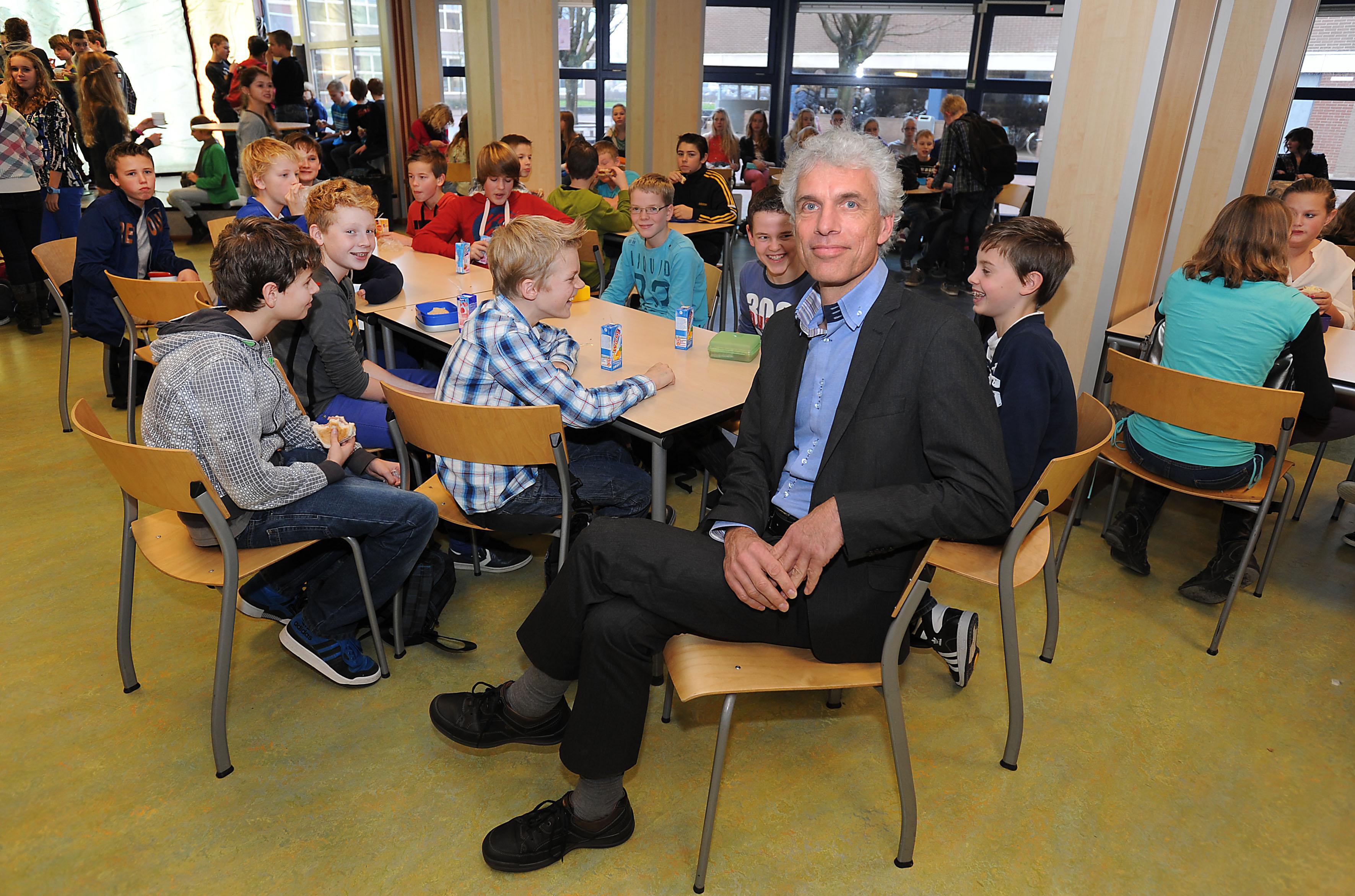 Ook Martinuscollege in Grootebroek stuurt vanwege corona leerlingen naar huis, andere scholen volgen