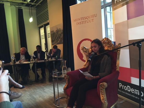 Politica in de dop naar Den Haag