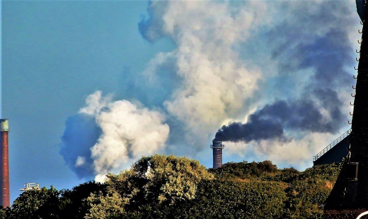 Omwonenden Tata Steel leggen miljoen euro op tafel voor onafhankelijke milieumetingen bij fabriek