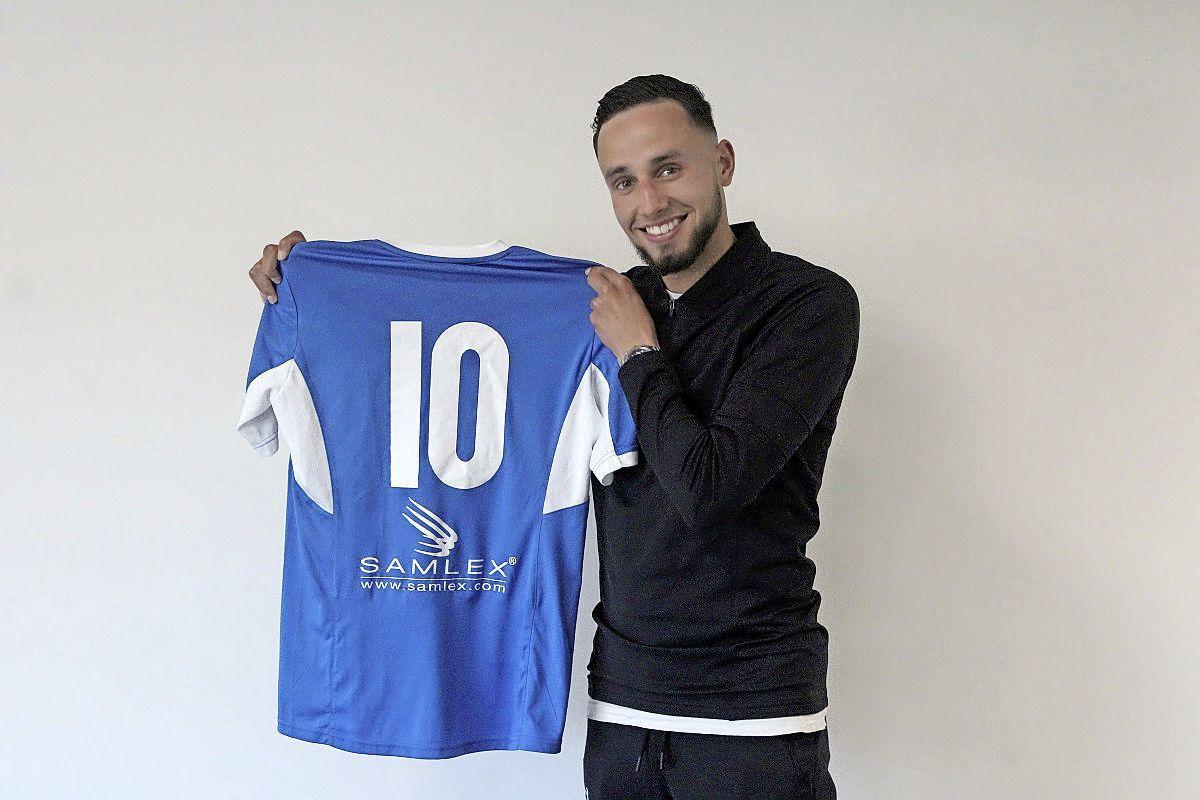 Zaalvoetballer Younes Daari keert na breuk met Hovocubo terug bij FC Marlène en gaat bij Heerhugowaardse eredivisieploeg samenspelen met zijn oom Mo Darri