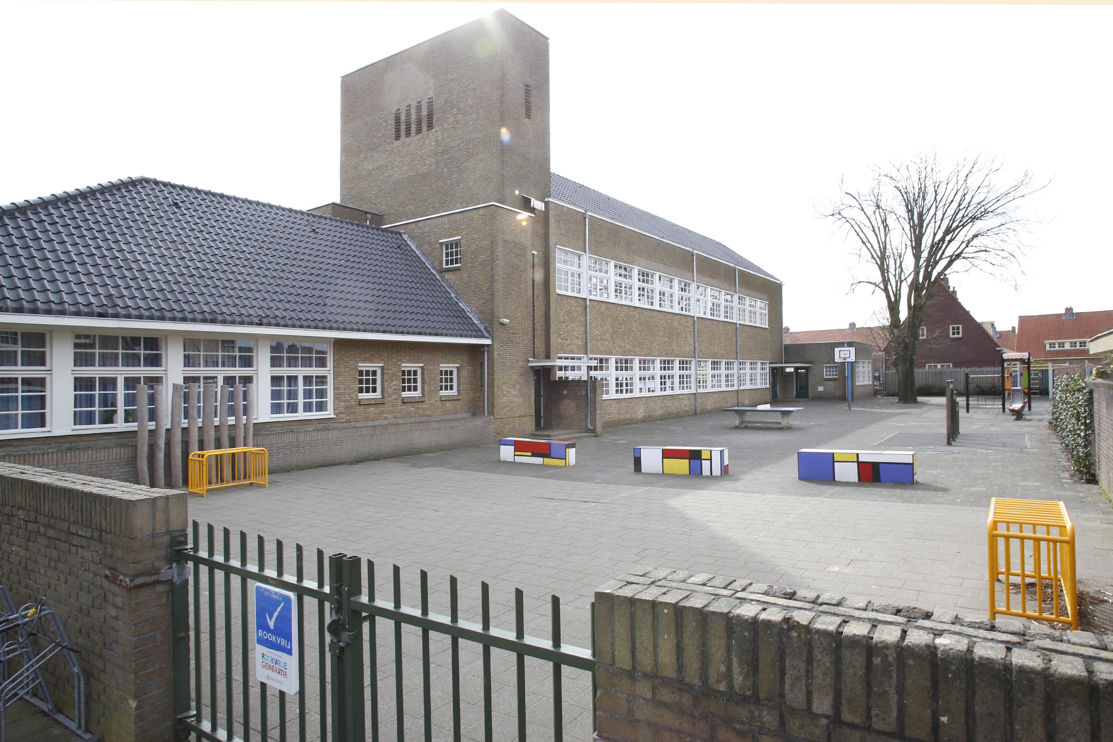 'Alle ouders tevreden houden is in deze situatie lastig'; Internationale school Hilversum blijft maandag dicht, De Springplank in Huizen toch wel helemaal open