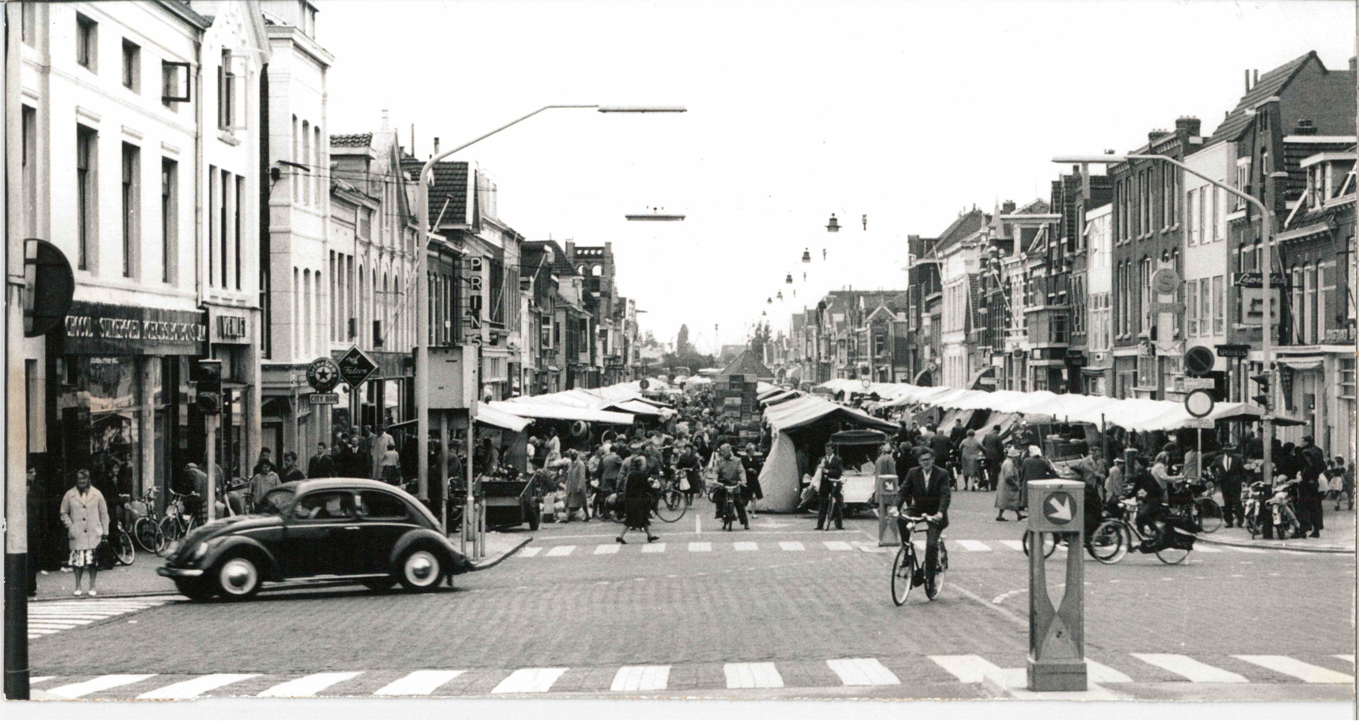 Zonder cholera waarschijnlijk geen Gedempte Gracht: boek over geschiedenis van Zaandams bekendste winkelstraat