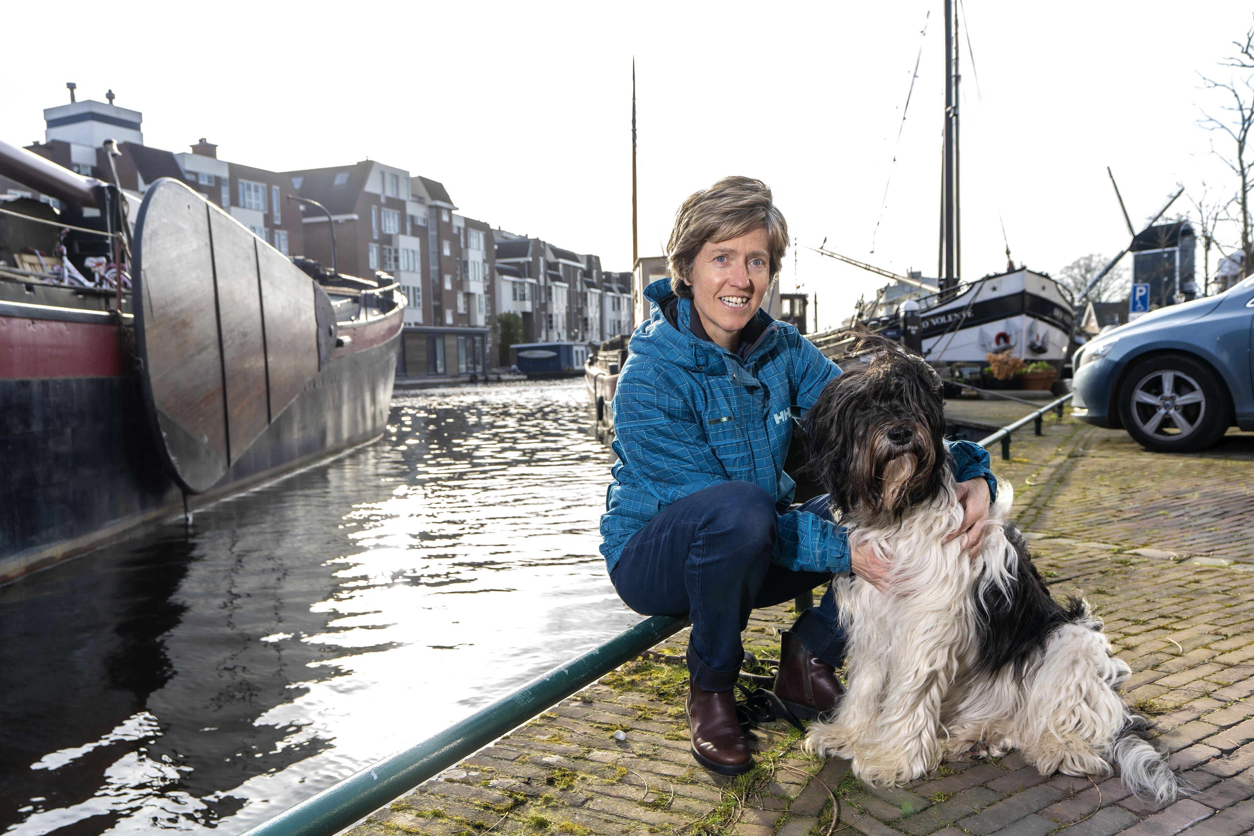 Hanneke Hortensius wil met haar positieve boek over rouw anderen steunen. 'Hoe diep je ook in de ellende zit, het gaat bij de meesten ook weer over'
