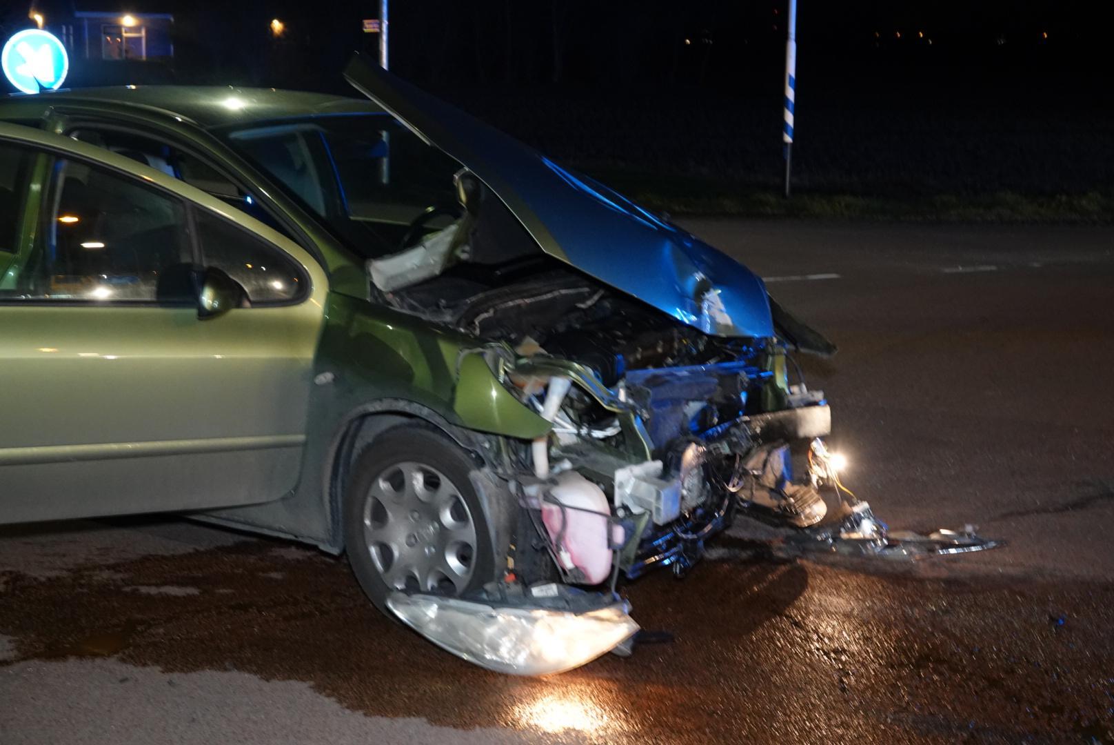 Vier personen gewond bij ongeluk in Zwaagdijk