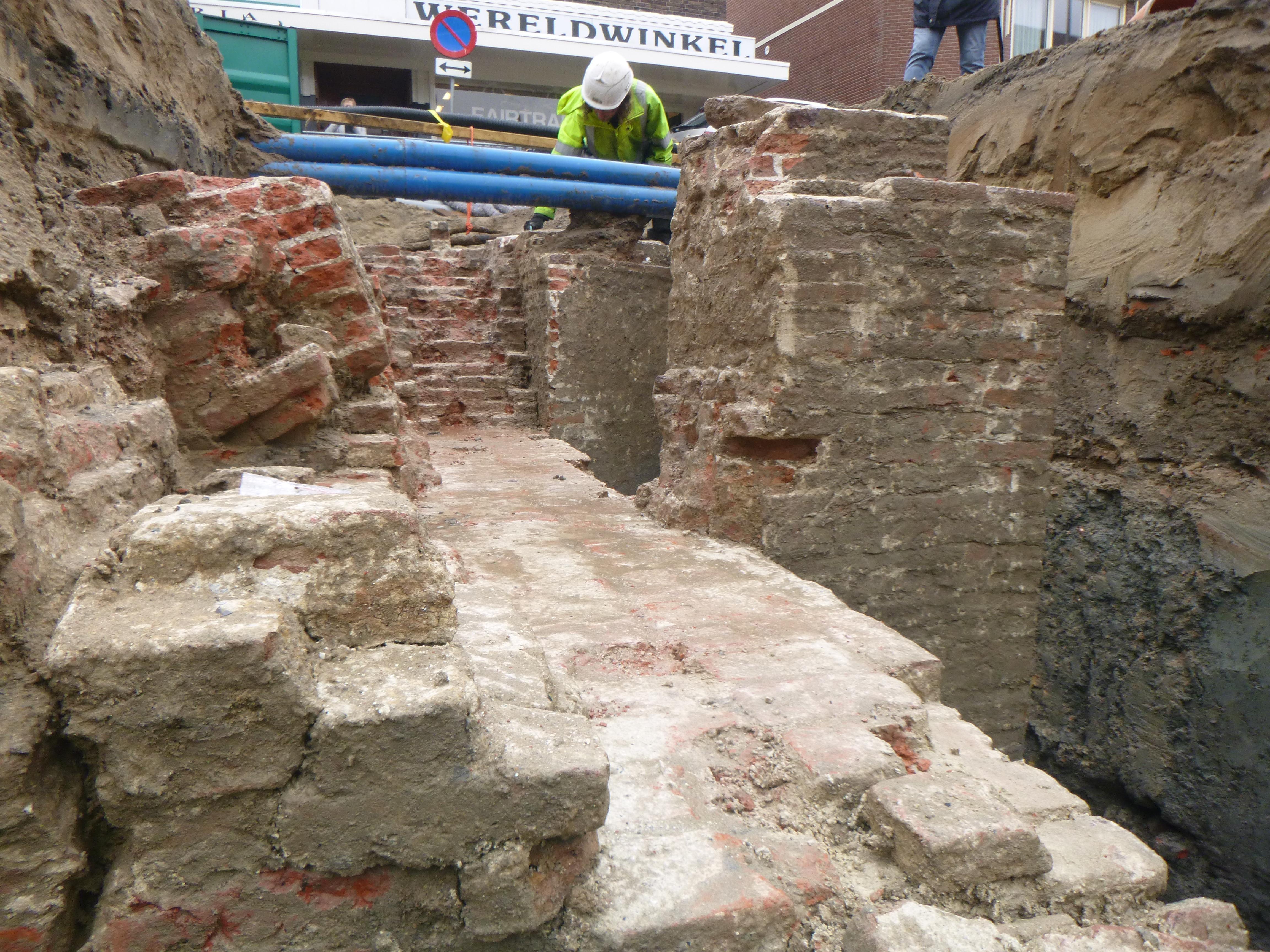 Opgraving Hof van Alfen verrast archeologen: 'spectaculairder dan verwacht'