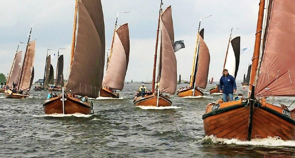Bunschoter bruine vloot gered van ondergang door financiële steun van alle kanten; Provincie Utrecht herziet regels; Ook 15 miljoen van Rijk voor Nederlandse historische schepen