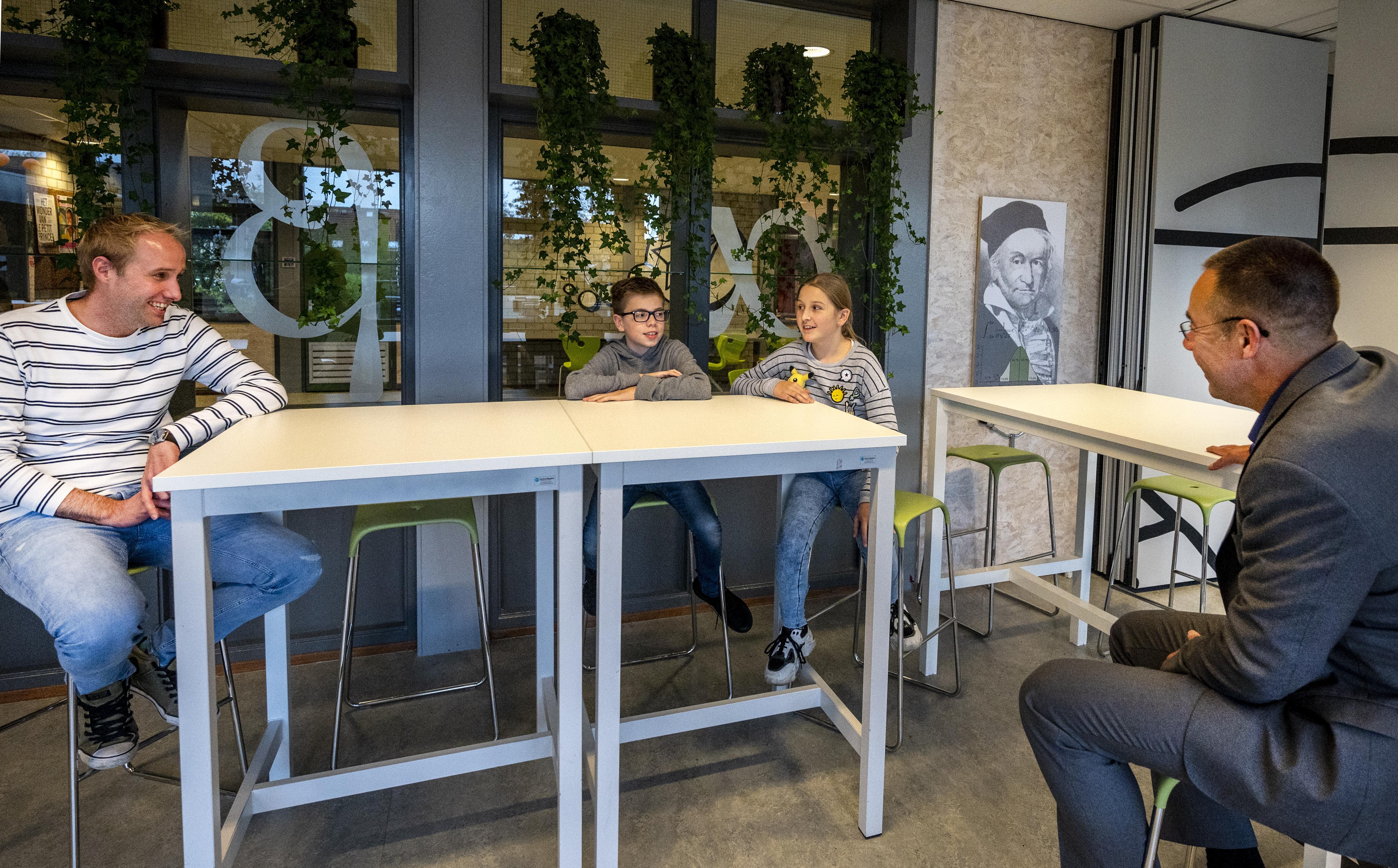 Herbert Vissers College in Nieuw-Vennep start met 'lyceum': havo en vwo in één 'wetenschapsgebouw'