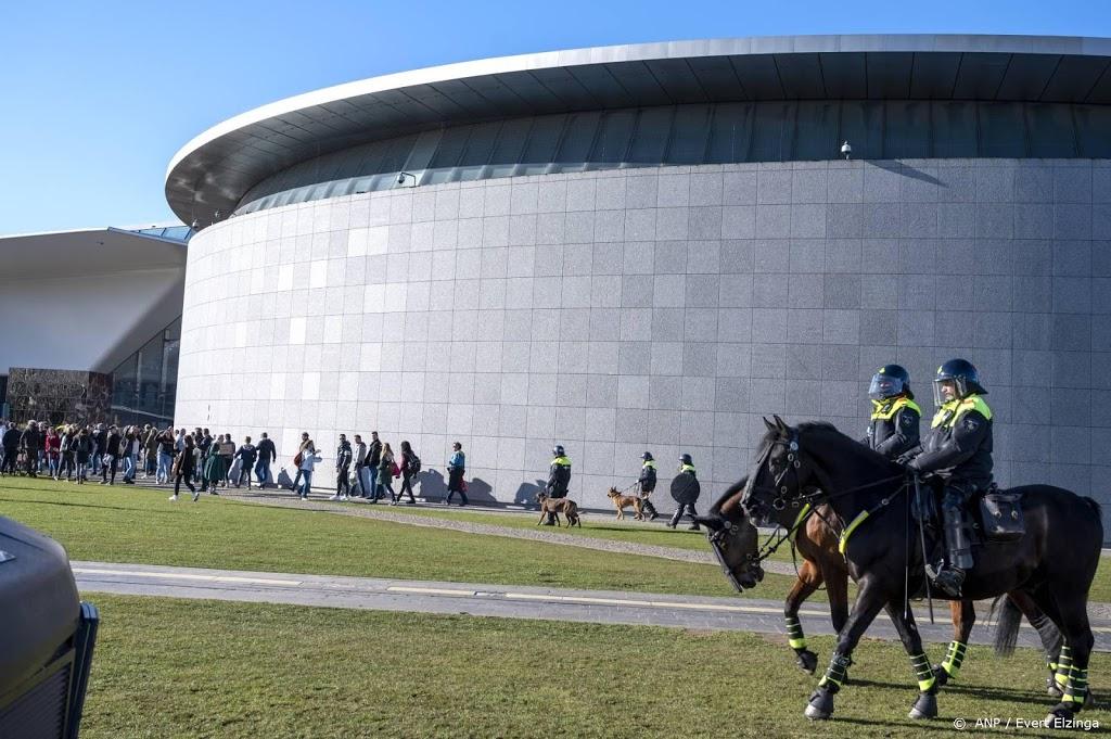 Demonstrant met ploertendoder op Museumplein komt vrij