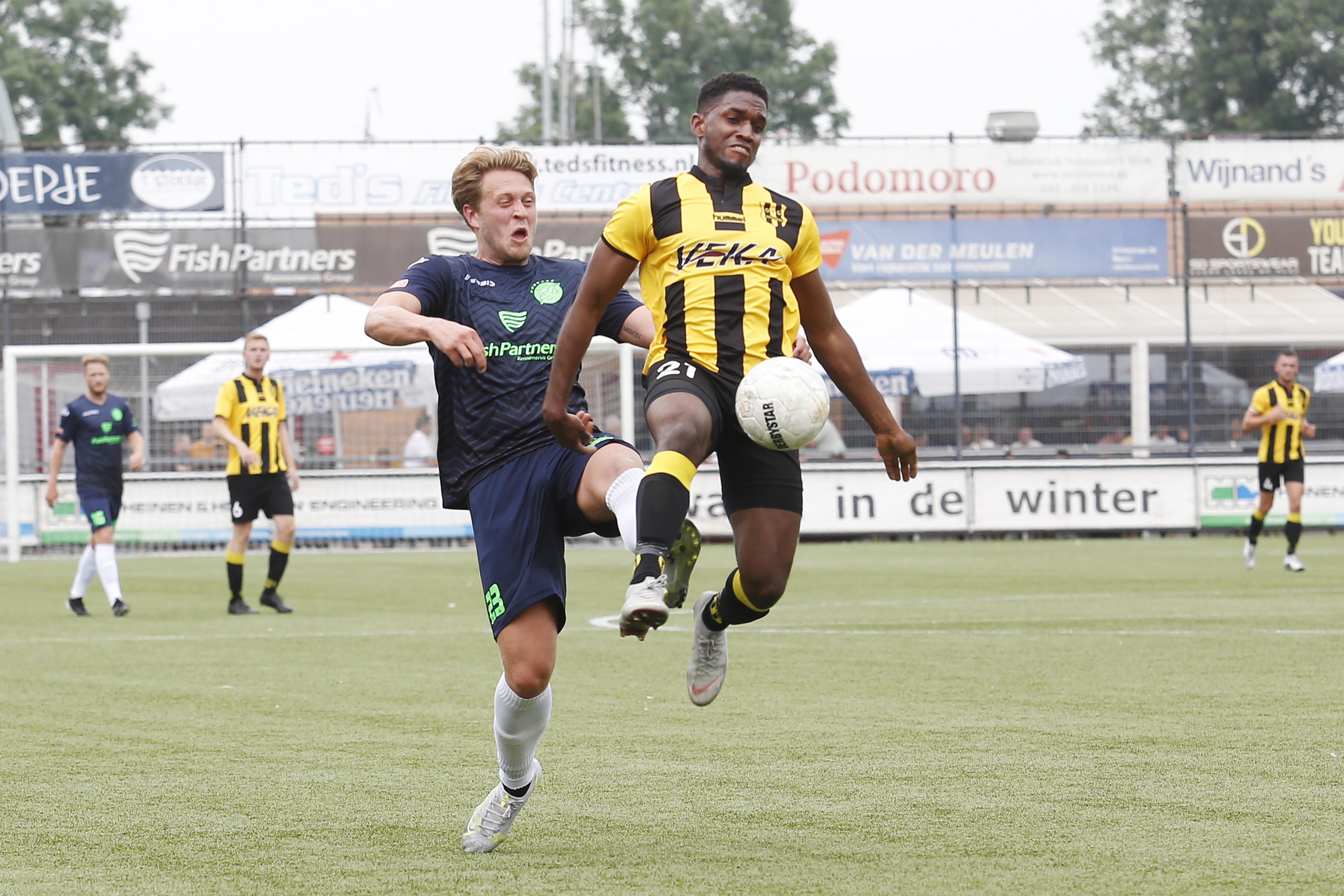 Berry Smit niet in paniek na geflatteerde maar daardoor niet minder pijnlijke oefennederlaag IJsselmeervogels: 'De uitslag staat een beetje rottig, ja'