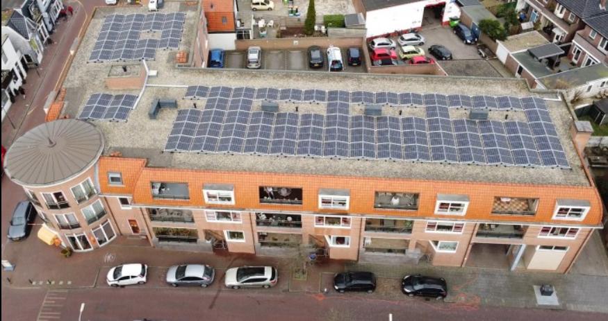 Collectieve zonnestroomdak in Santpoort-Noord profiteert meteen van eerste mooie dagen