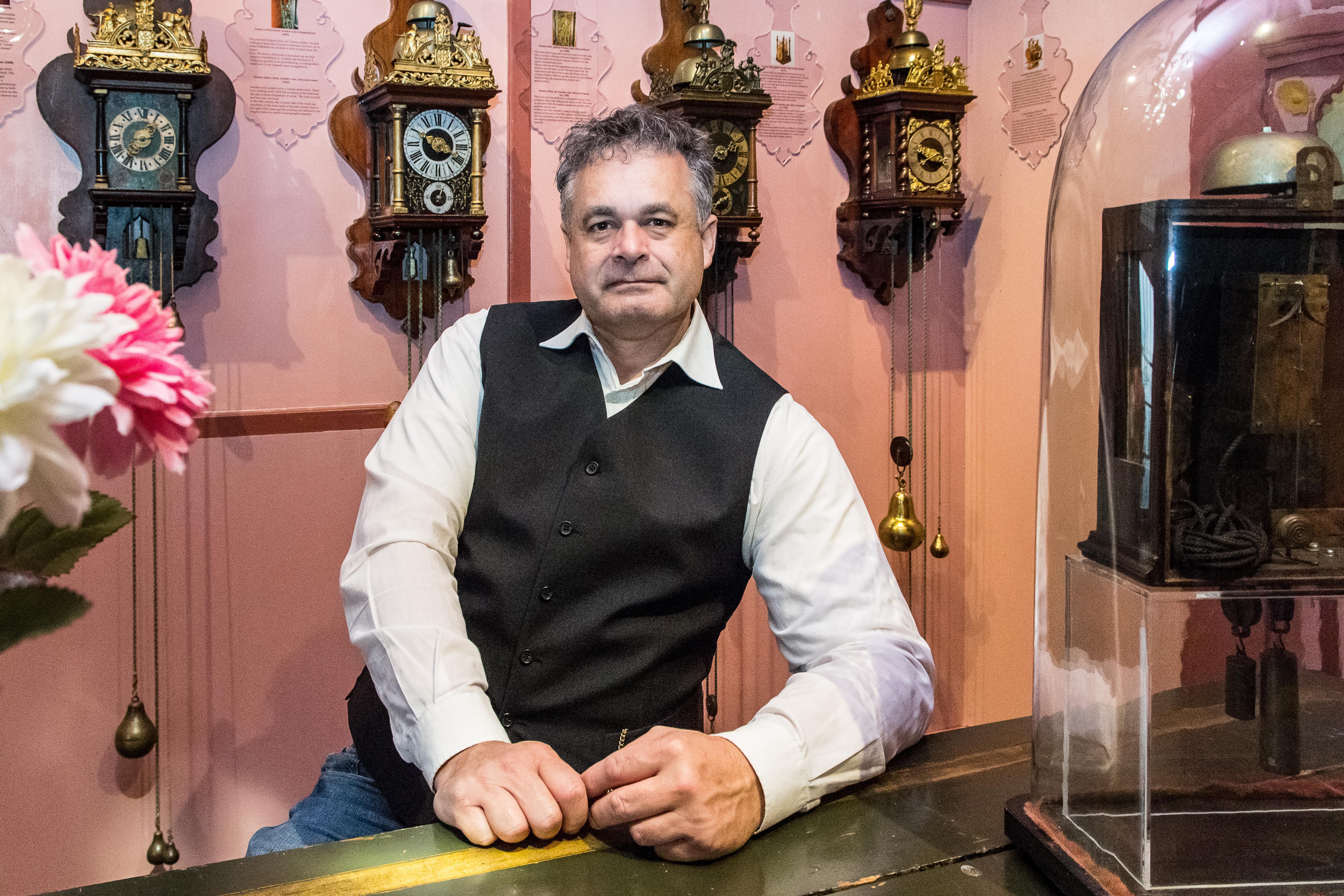 Edammer Hans van den Ende nieuwe directeur van Zaanse Tijd. 'Het kan voorbij vliegen en kruipen'