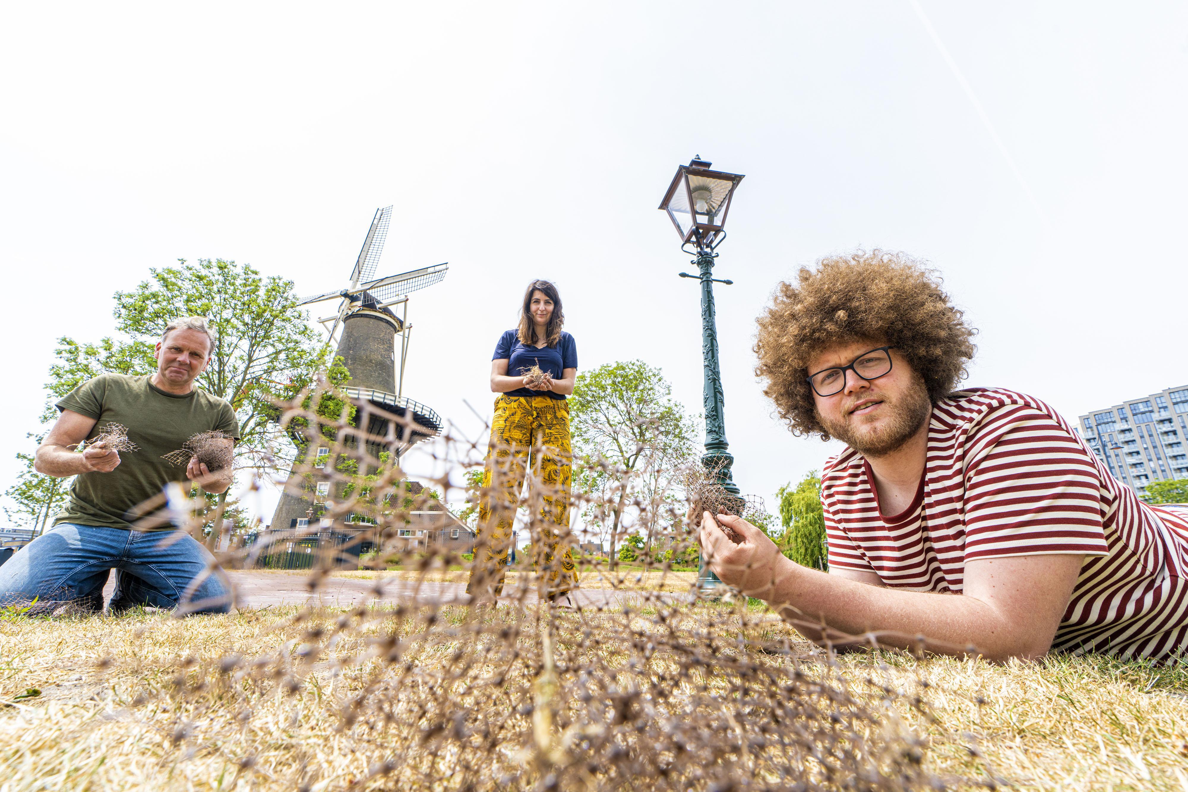 Tot in Katwijk en Wassenaar ligt het plastic van de Lammermarkt