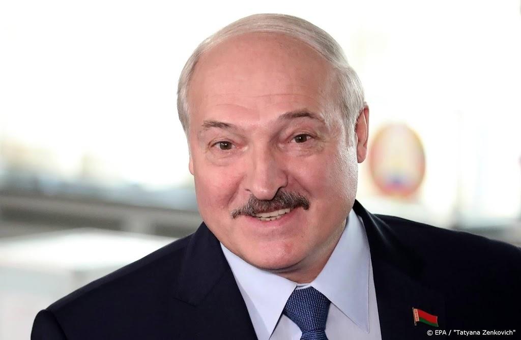 Wit-Russische leider Loekasjenko klopt aan bij Poetin