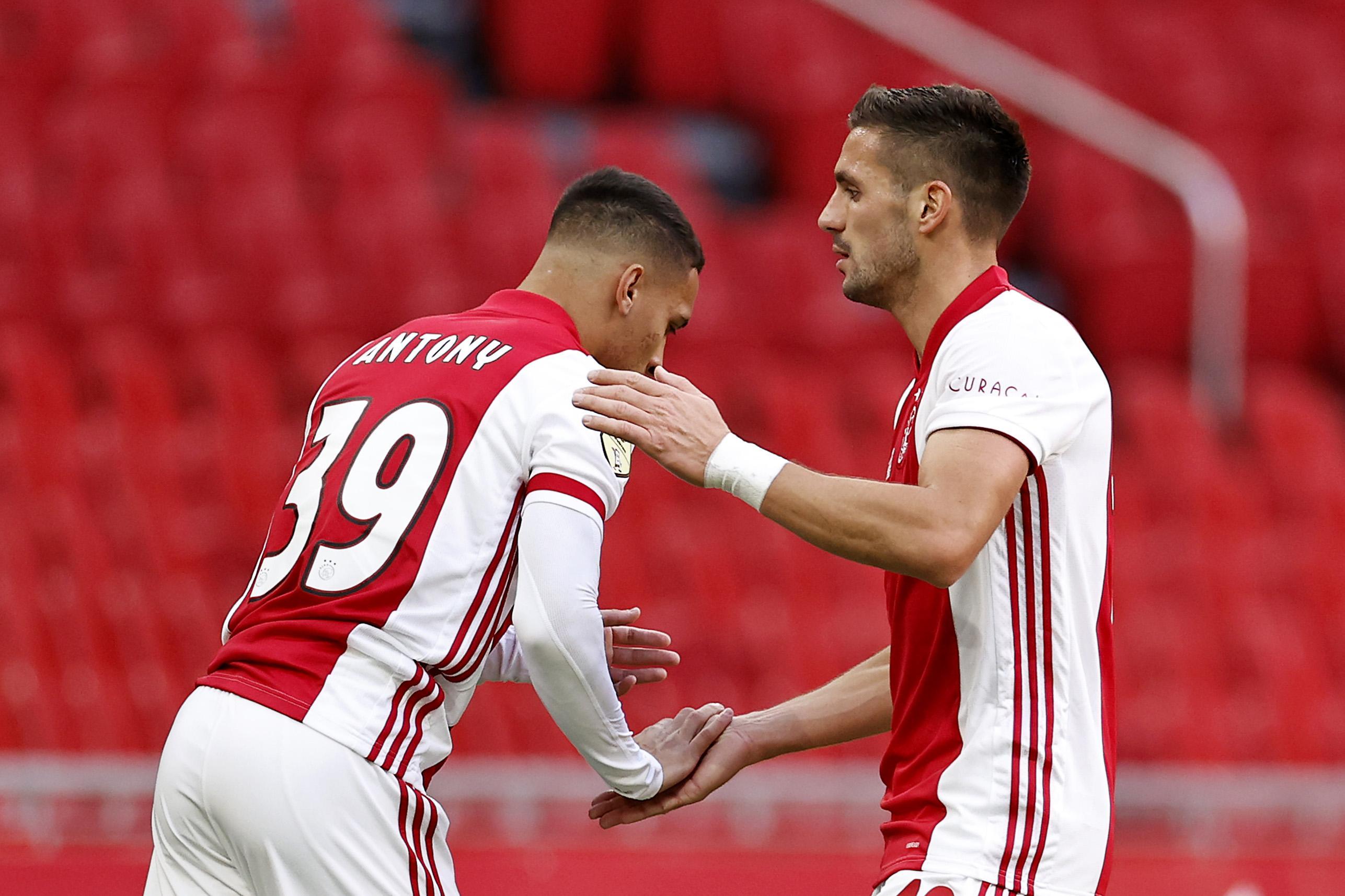 Tadic leidt Ajax als linksbuiten naar ruime zege [video]